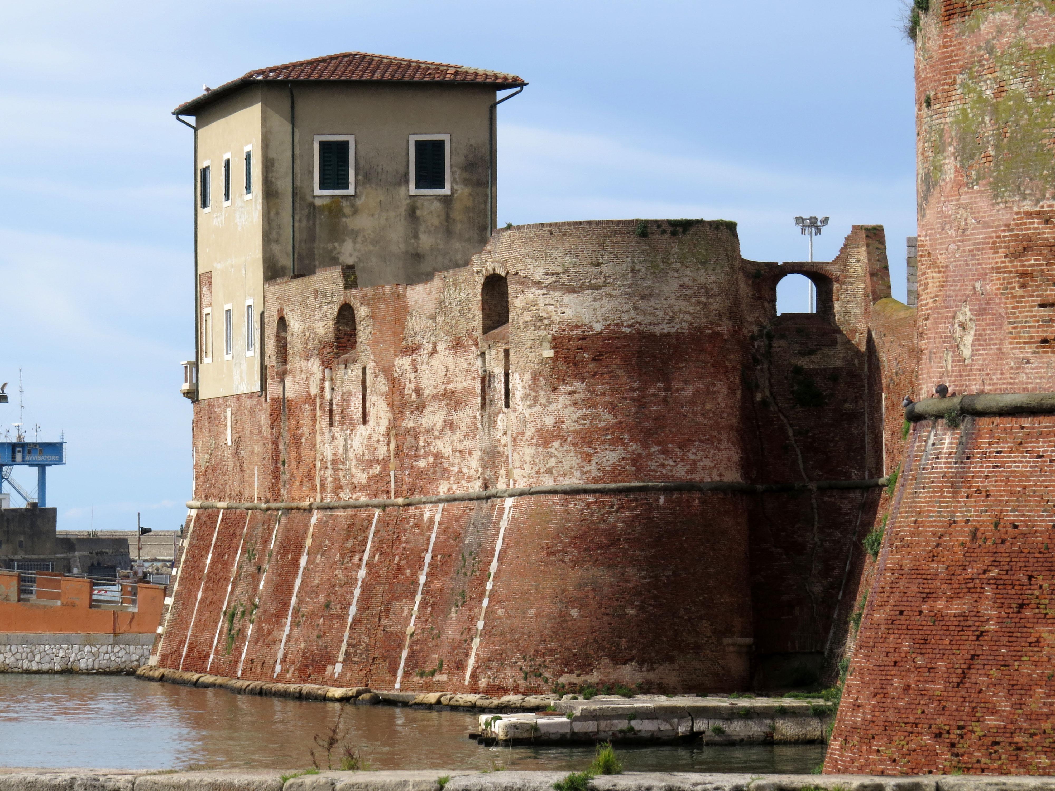 File:Canaviglia bastion of the Fortezza Vecchia, Livorno ...