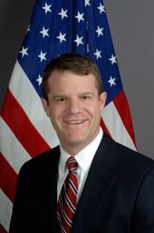 Charles W Larson Jr.jpg