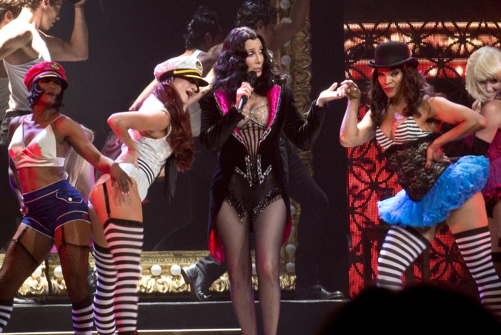 Резултат с изображение за cher burlesque