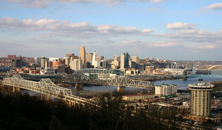 Skyline of Downtown Cincinnati as seen here Pr...