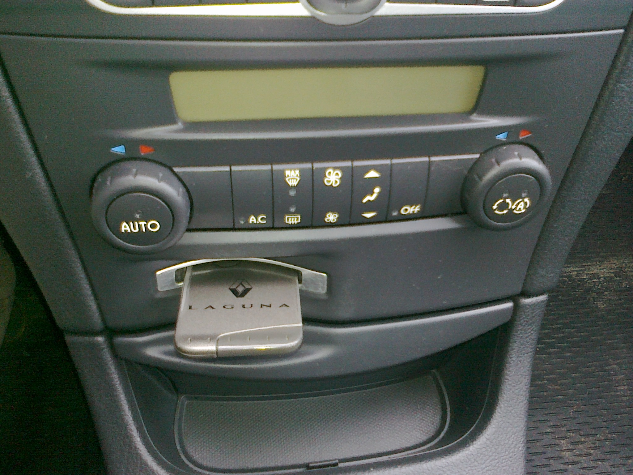 Renault Laguna 2 Heater Fan Not Workingfixed Archive Scenic Water In Fuse Box Forums Independent Forum