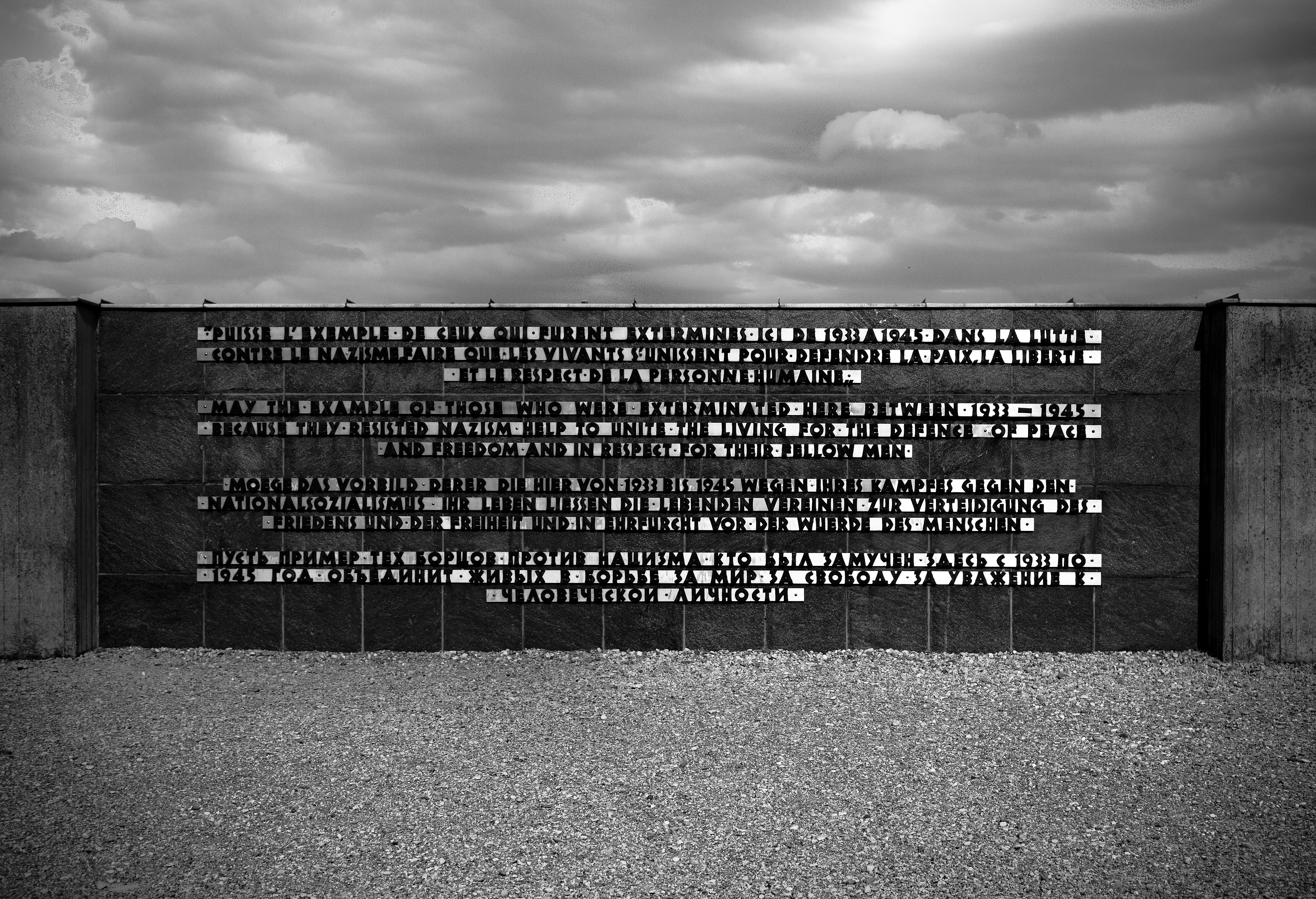 memoration writings Dachau
