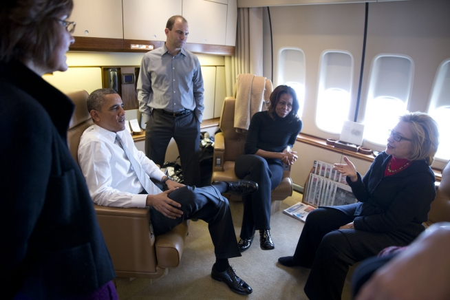 File:Conversation On Air Force One