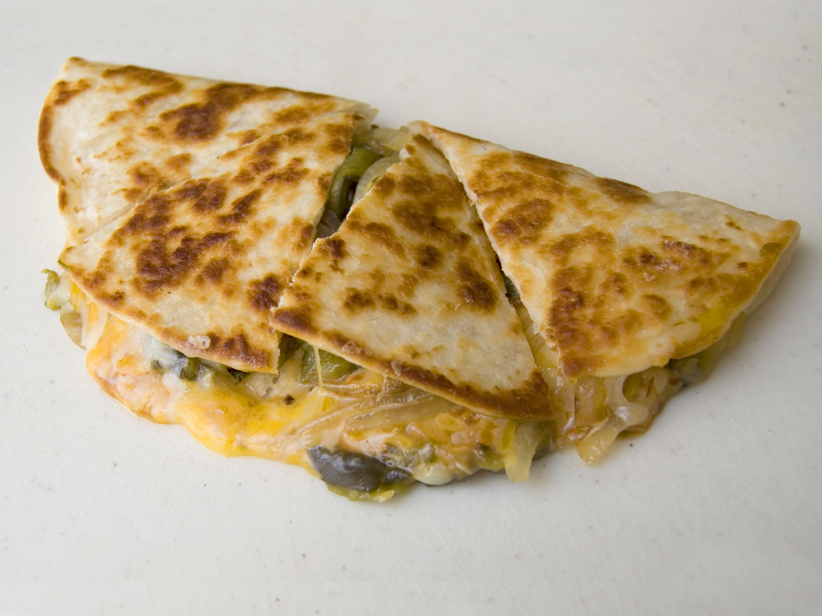 Archivo:Cut-up quesadilla.jpg - Wikipedia, la enciclopedia libre