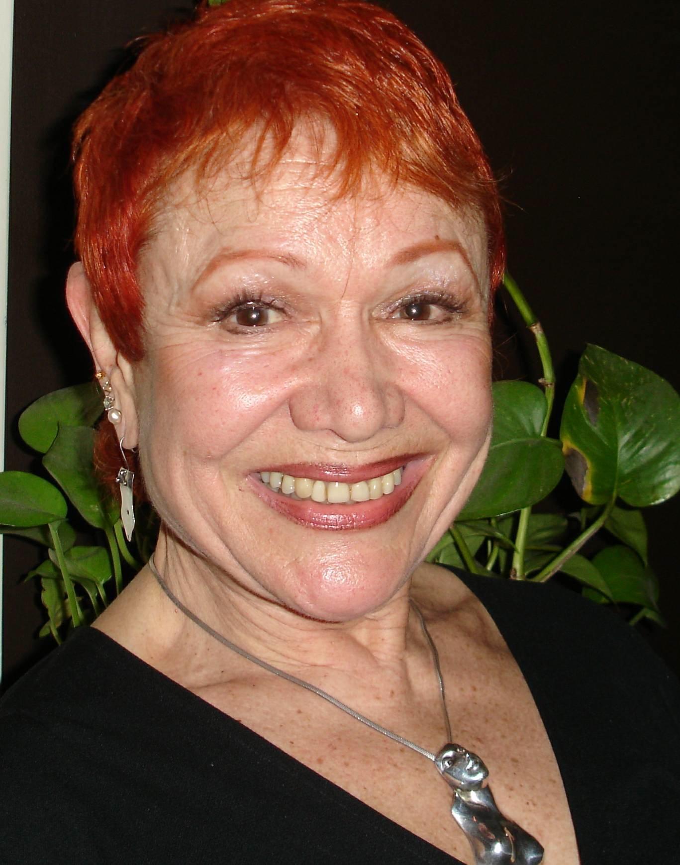 Cynthia Crane Net Worth