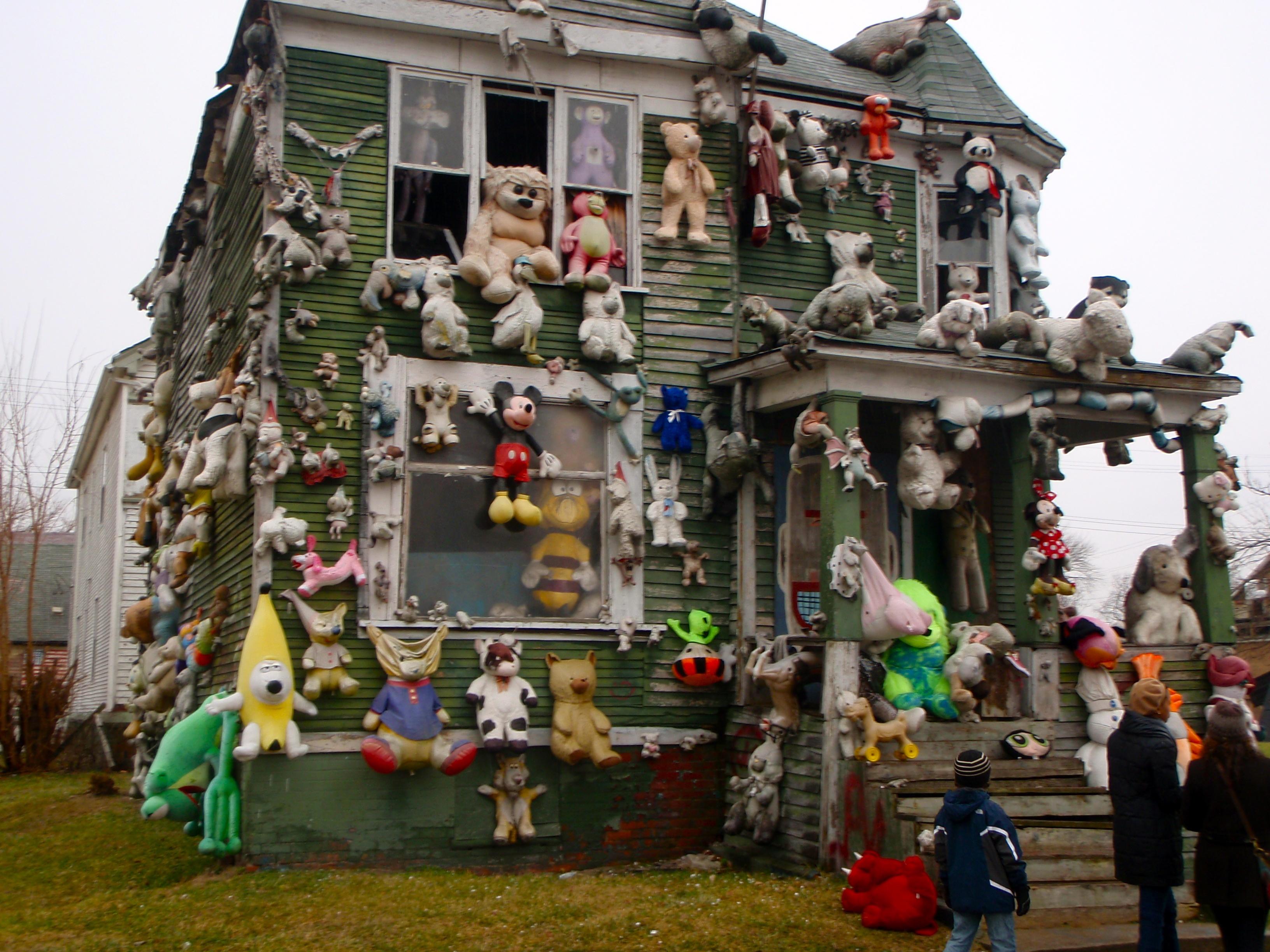 Description detroit stuffed animal house