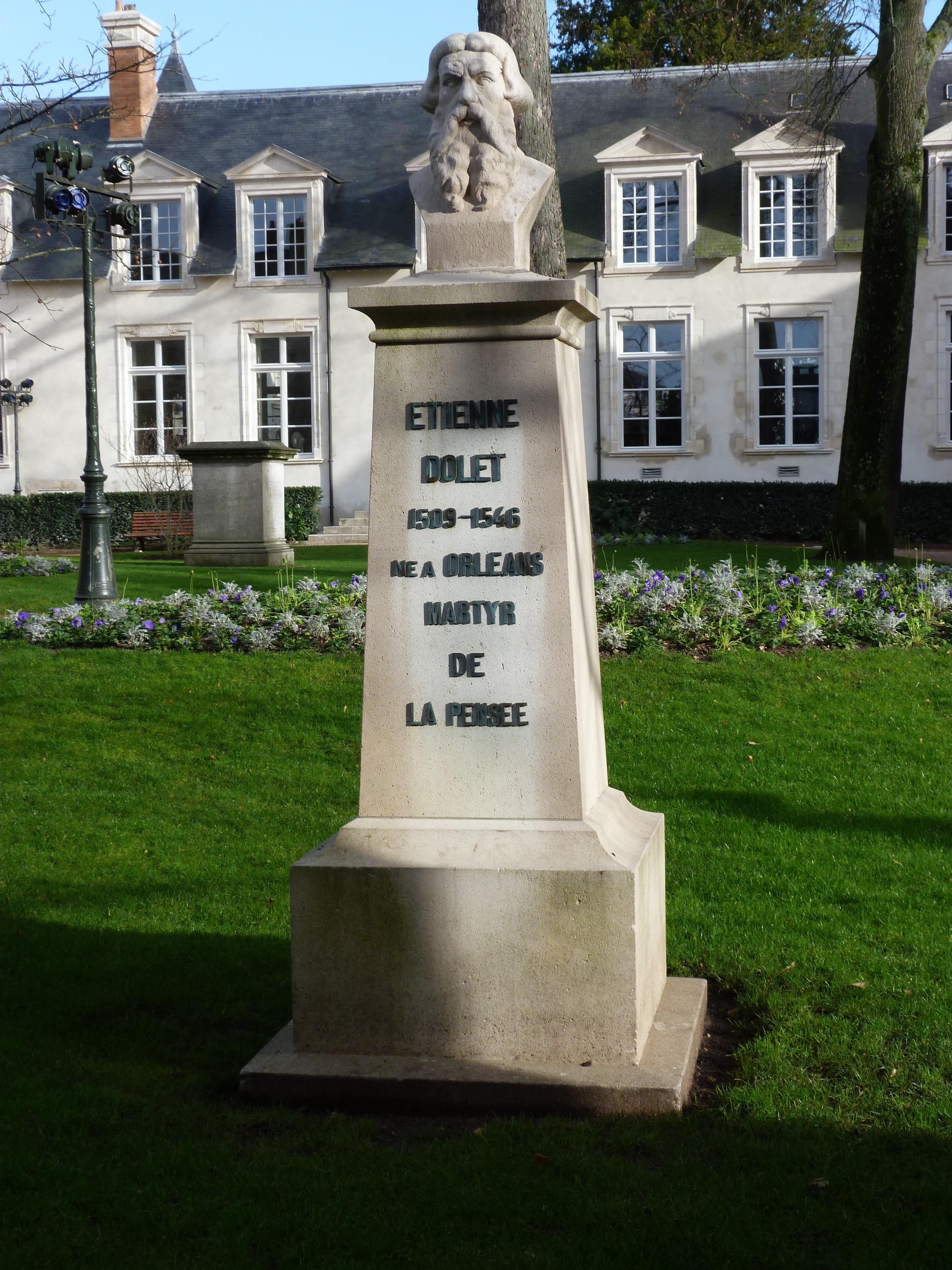 A bust of Étienne Dolet in Orléans, (Val-de-Loire, France) [[Mairie