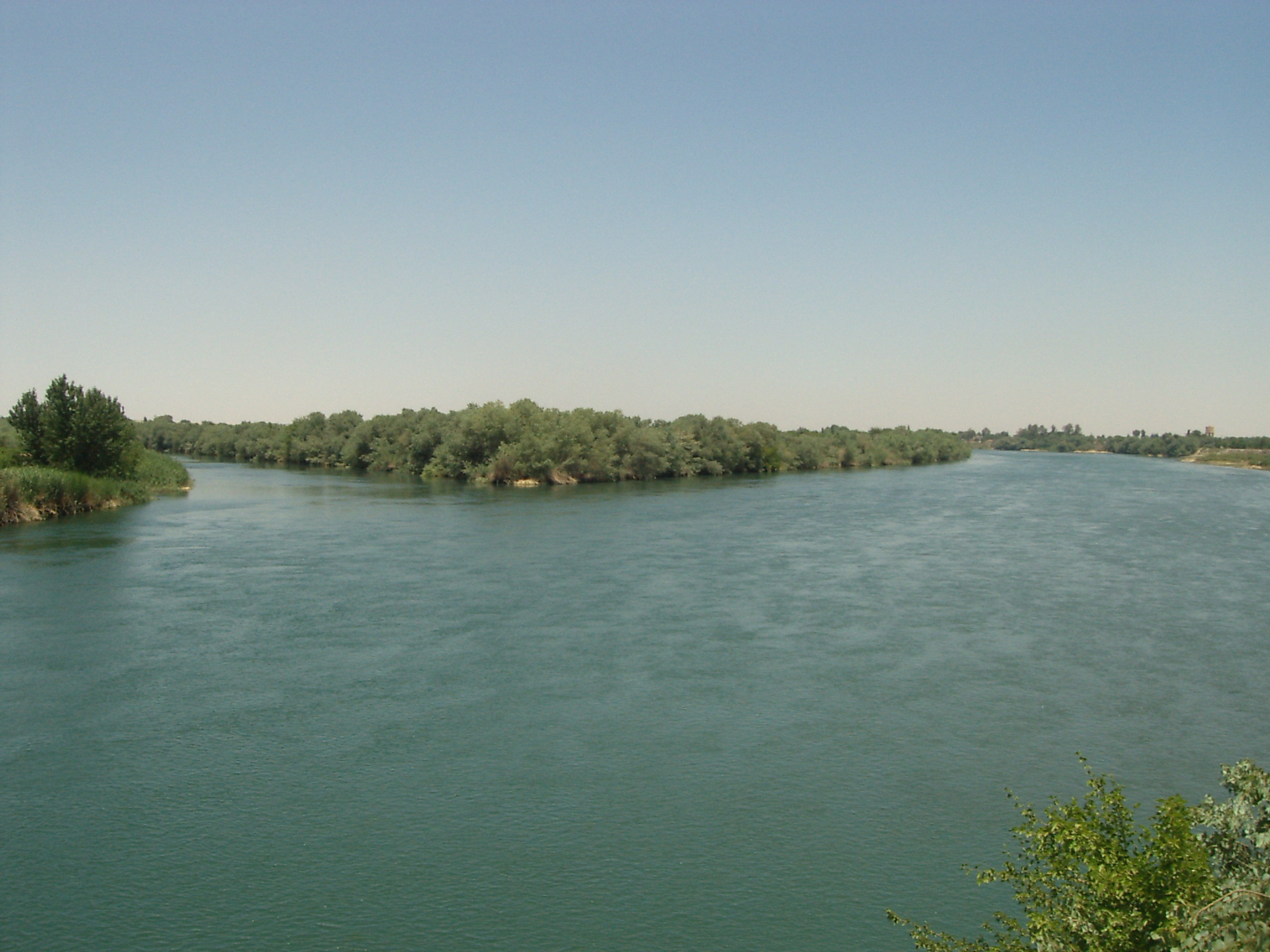 euphrates river location