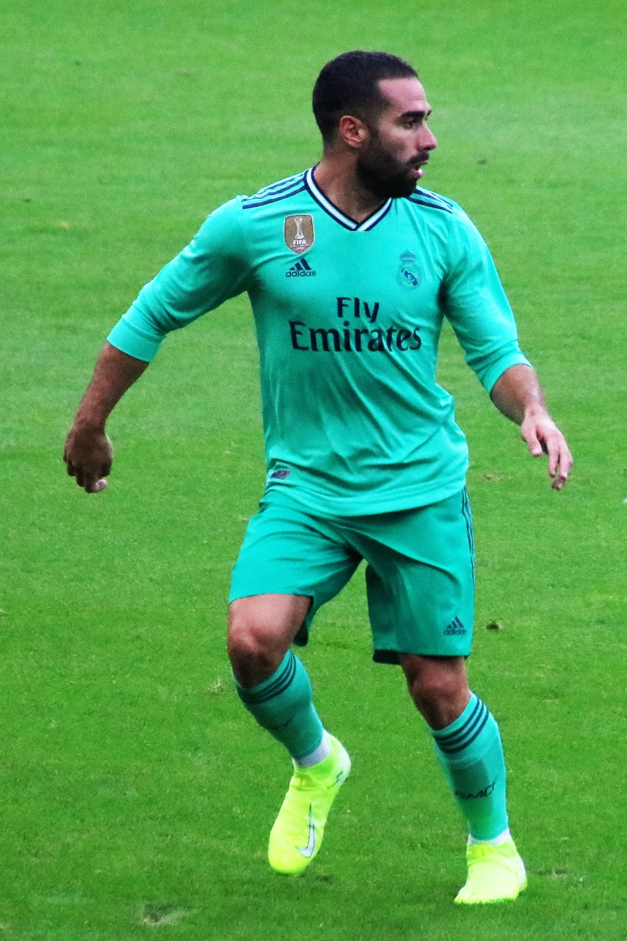 The 27-year old son of father (?) and mother(?) Daniel Carvajal in 2019 photo. Daniel Carvajal earned a  million dollar salary - leaving the net worth at 9,3 million in 2019