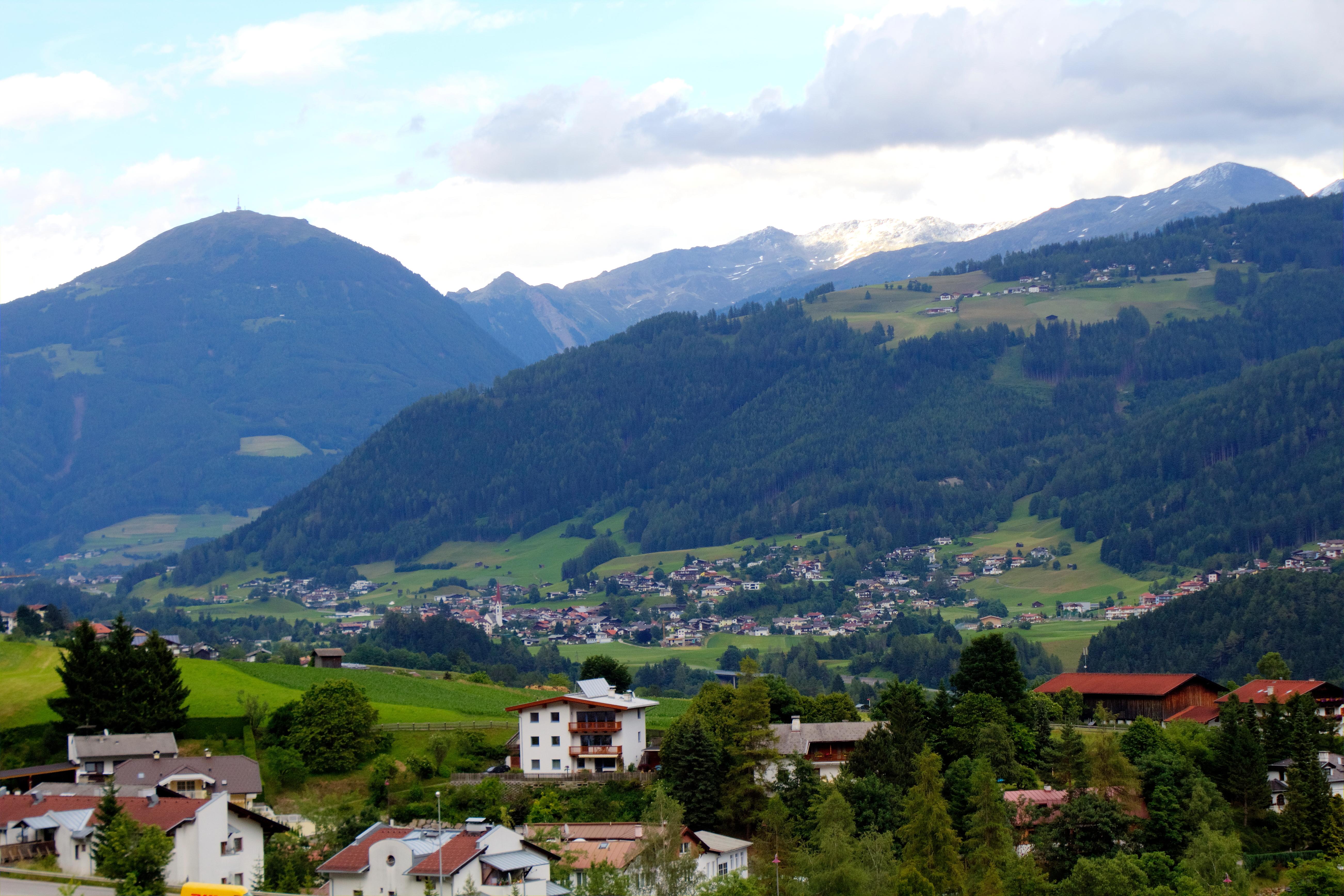 Bankomat Volksbank Fulpmes - TVB Stubai Tirol