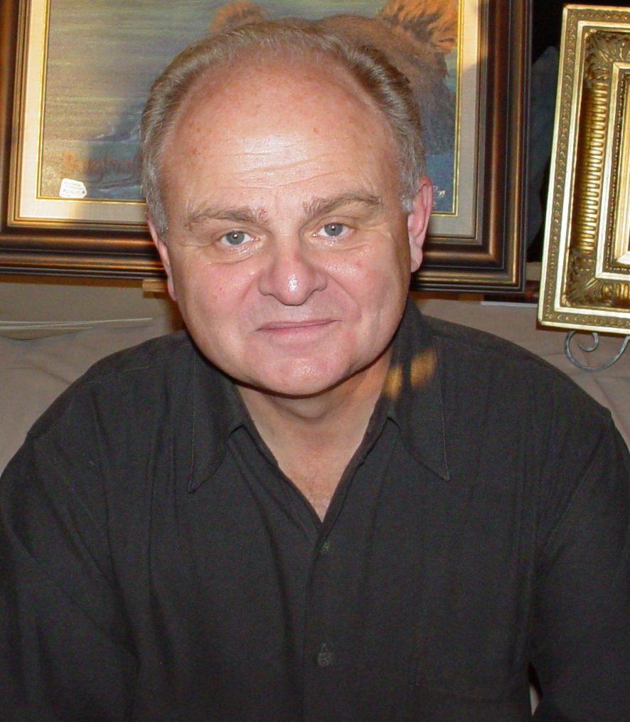 The 77-year old son of father (?) and mother(?) Gary Burghoff in 2021 photo. Gary Burghoff earned a  million dollar salary - leaving the net worth at  million in 2021