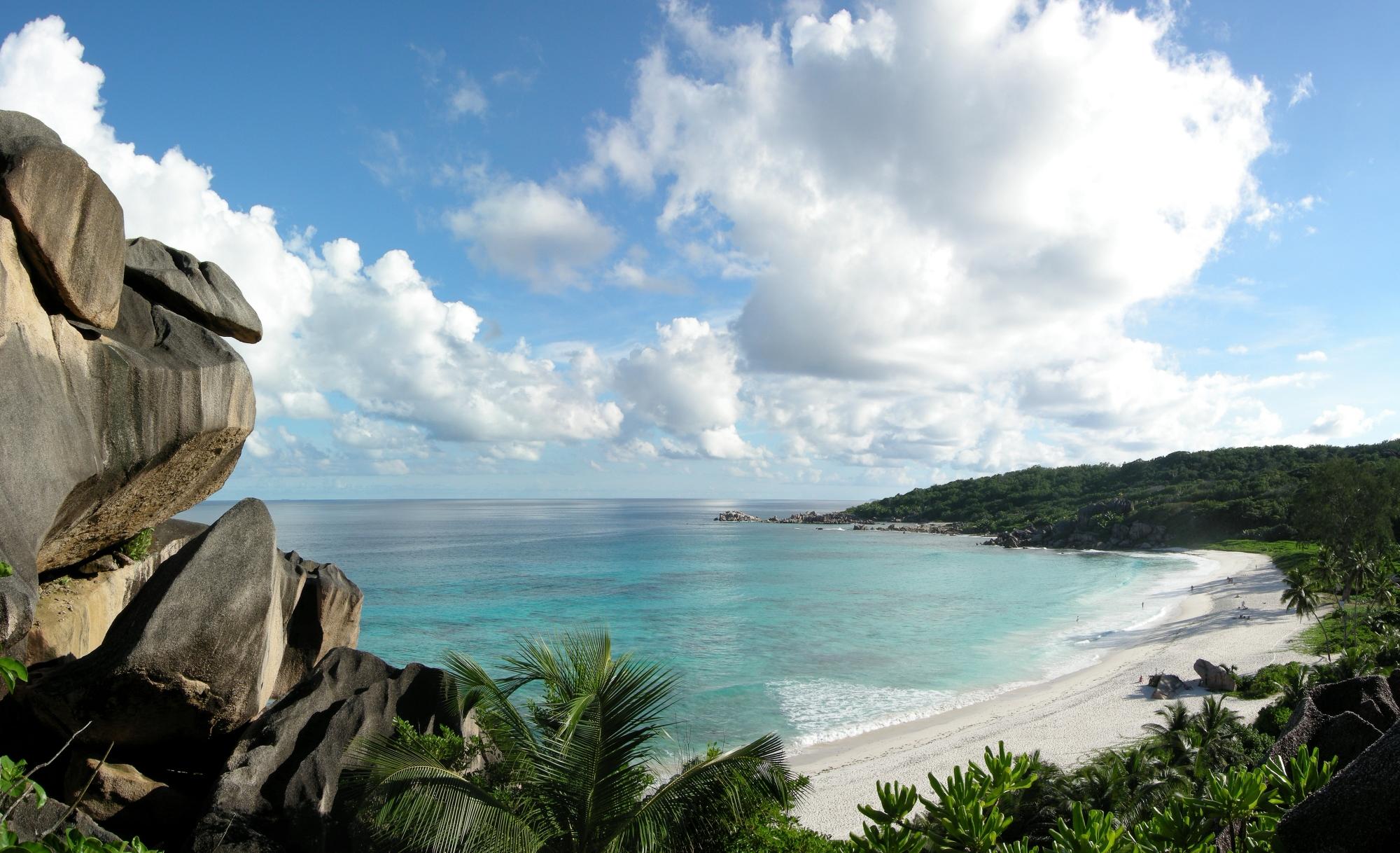 Пляж на острове Ла-Диг (Сейшелы)