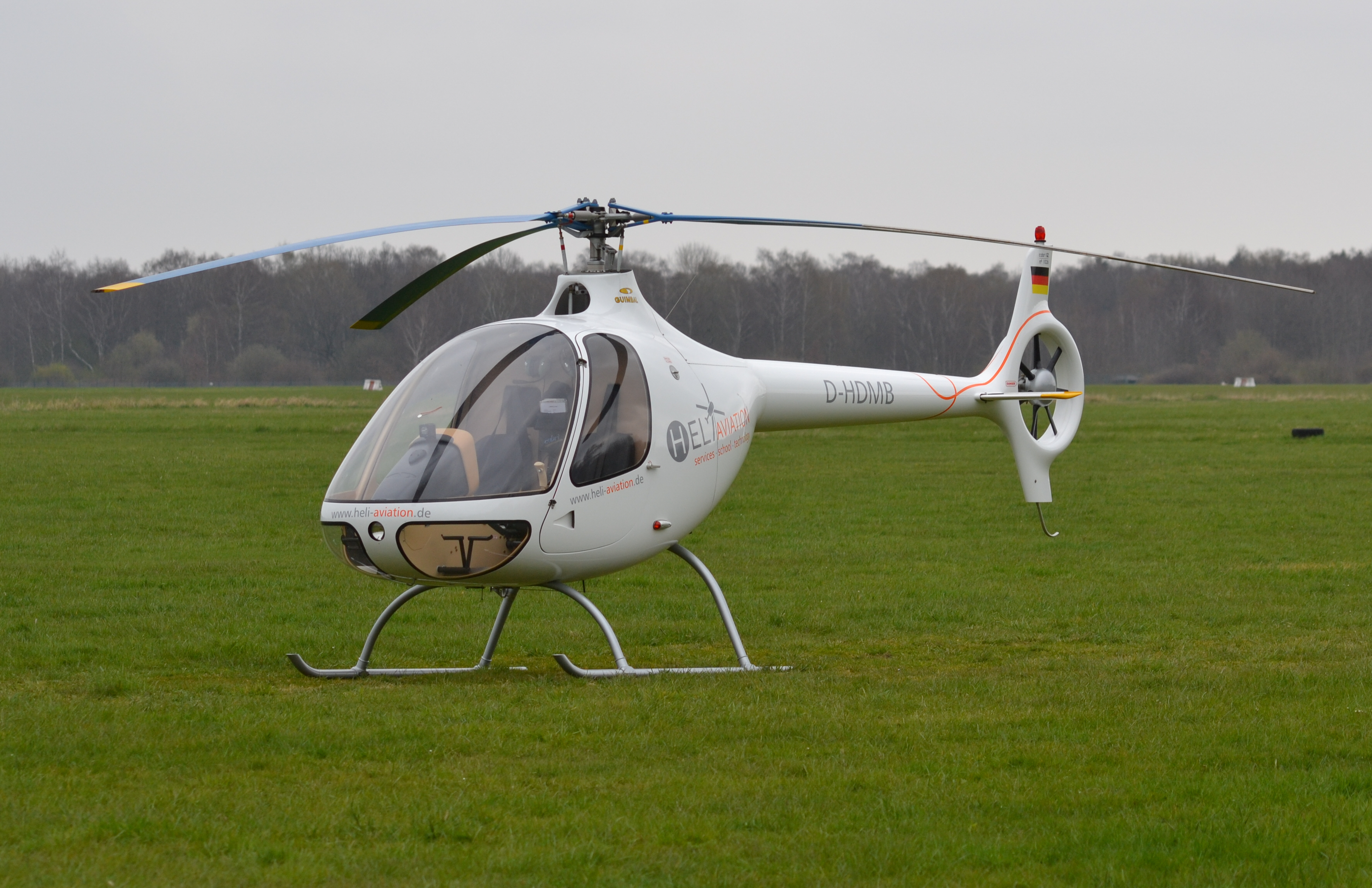 4 seater helicopter with File Guimbal Cabri G2 D Hdmb 01 on Acdata 269 en further 49277 Helo4 Future Hunter besides Cessna 182 Skylane also Malawis Felix Kambwiri Builds Helicopter as well Dlwall.