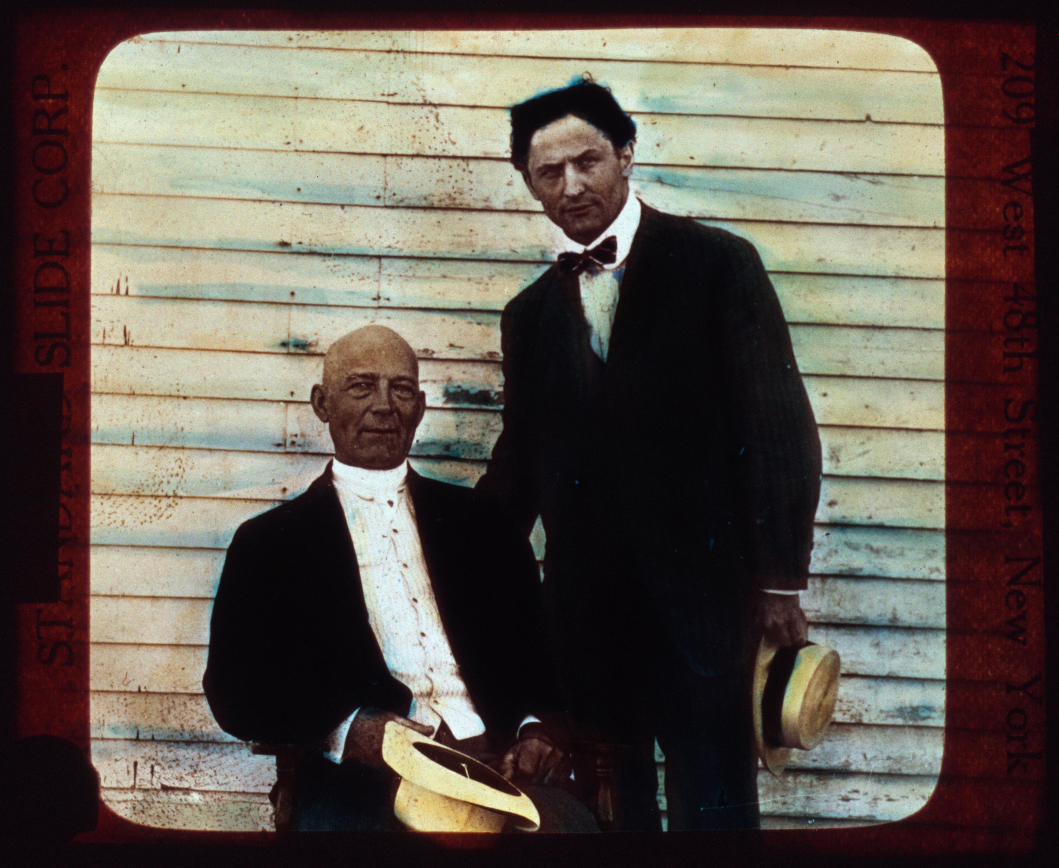 fileharry houdini and kellar ca 1915jpg