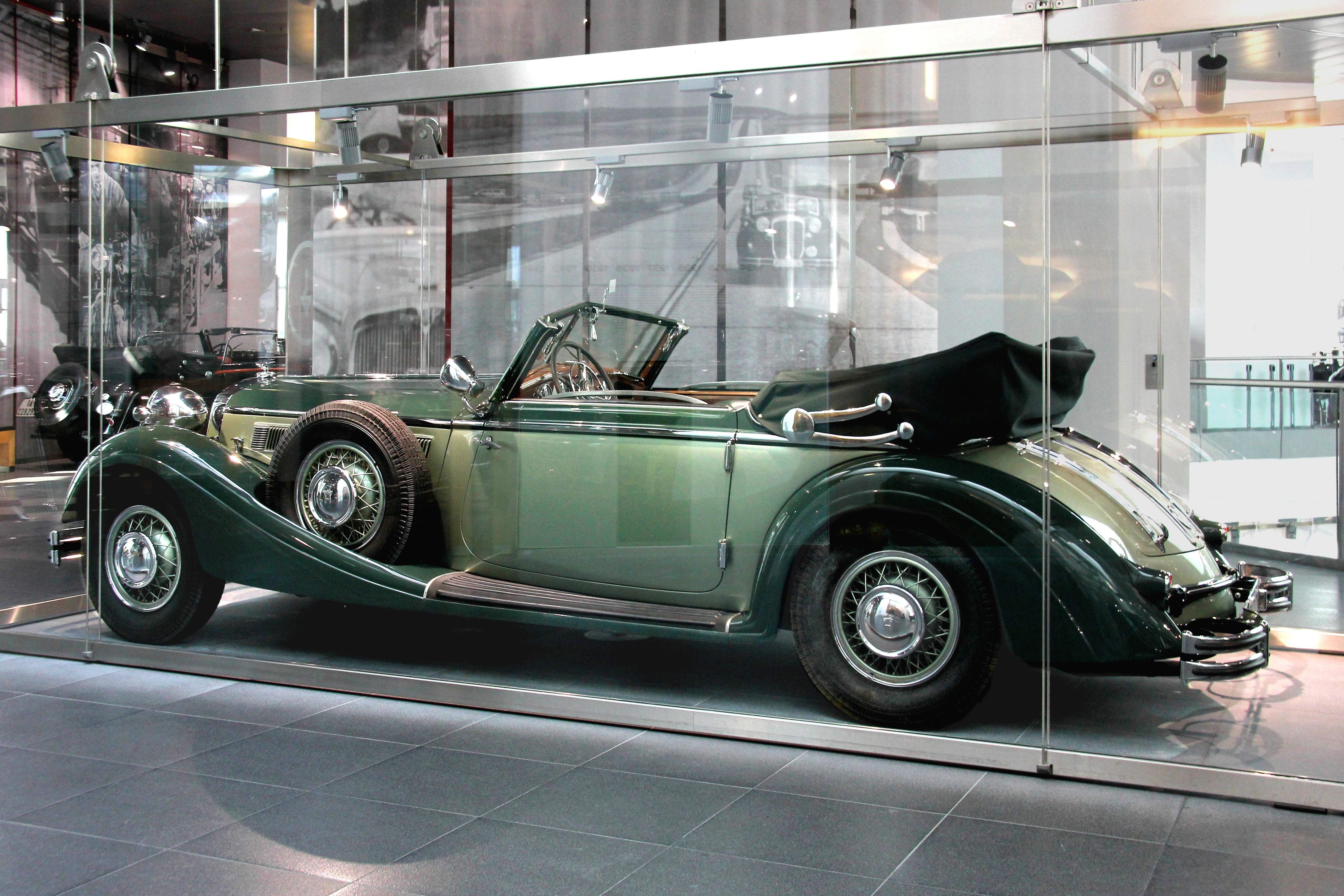 File Horch 853 Sport Cabriolet Bj 1937 Seite Jpg