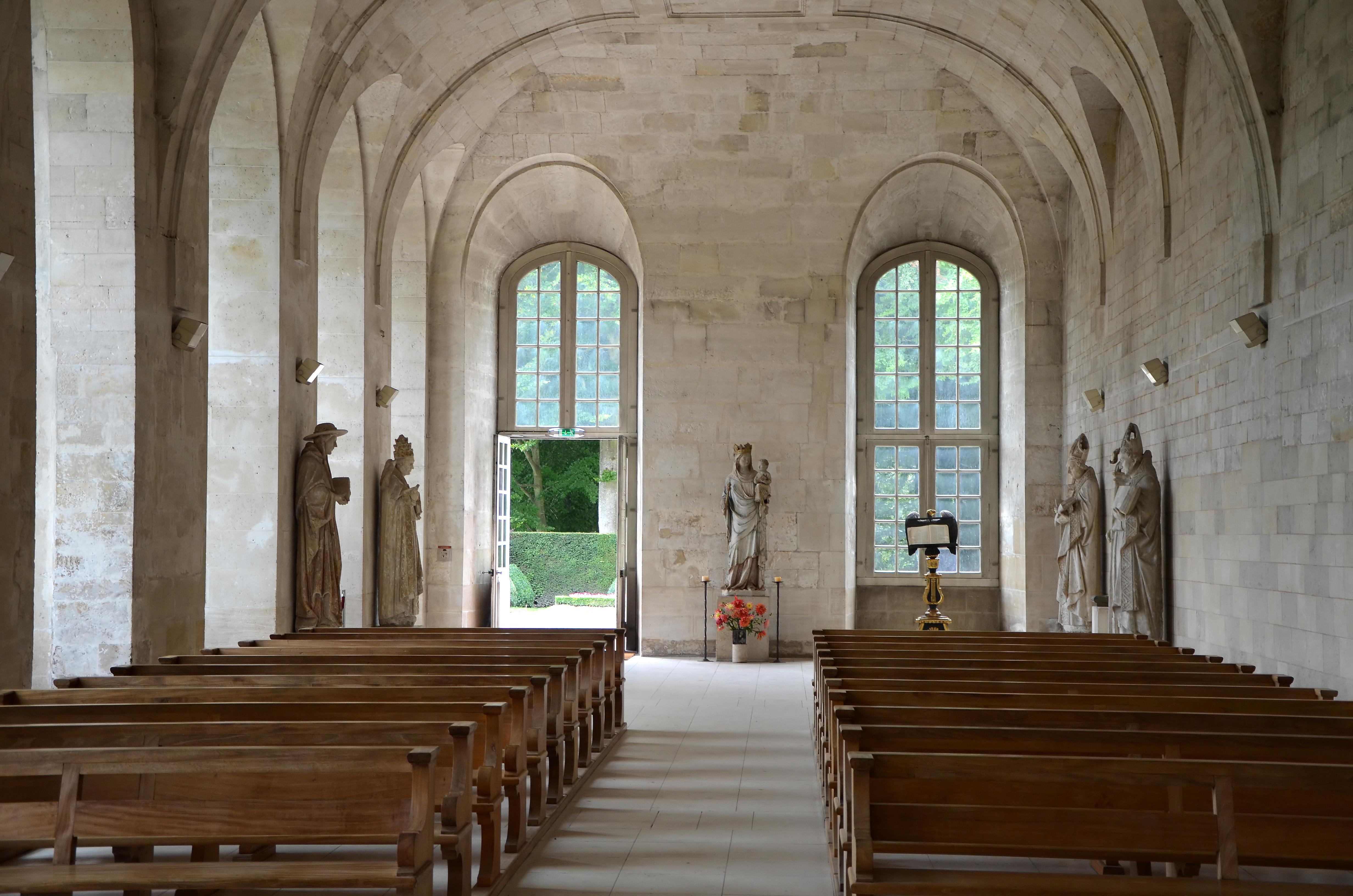 File int rieur de l 39 glise de l 39 abbaye notre dame du bec for Interieur eglise
