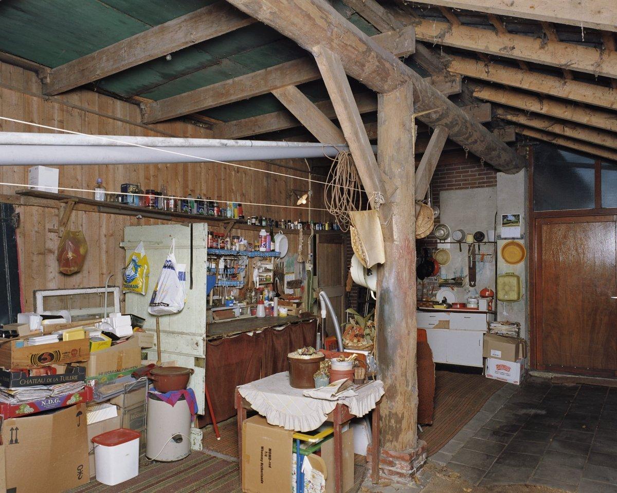 File interieur overzicht linker aanbouw gedeelte thans for Interieur garage