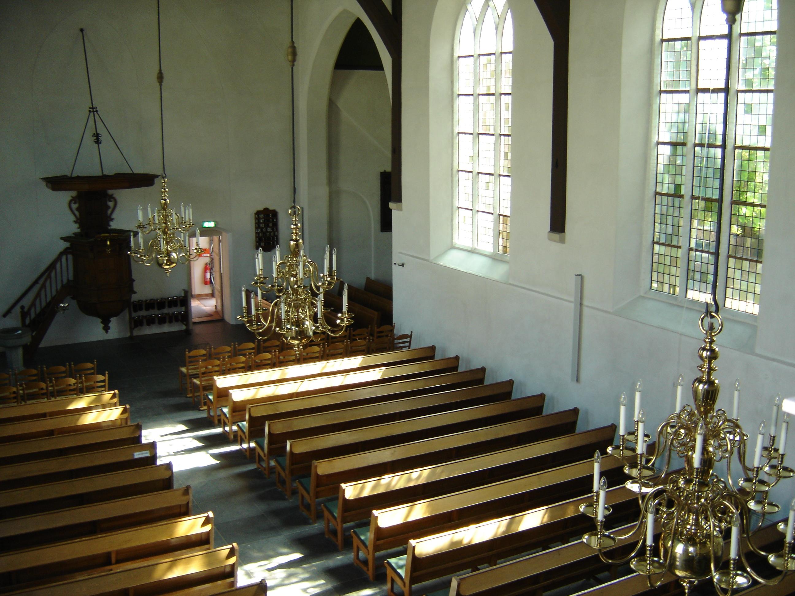 File Interieur Laurentiuskerk Bergambacht Jpg Wikimedia Commons