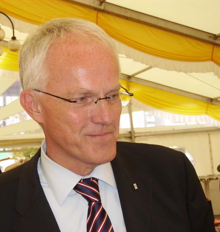 Jürgen Rüttgers Größe
