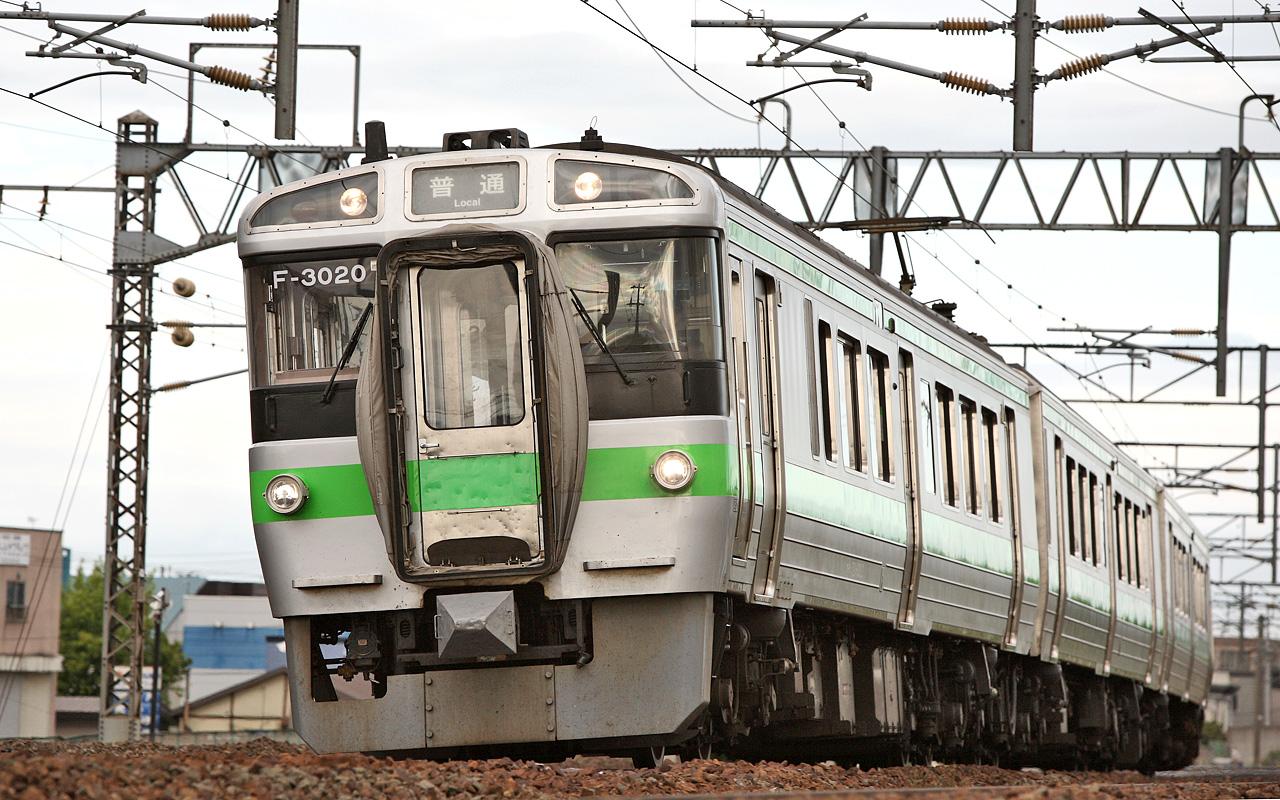 jr hokkaido 721 series emu 003.jpg