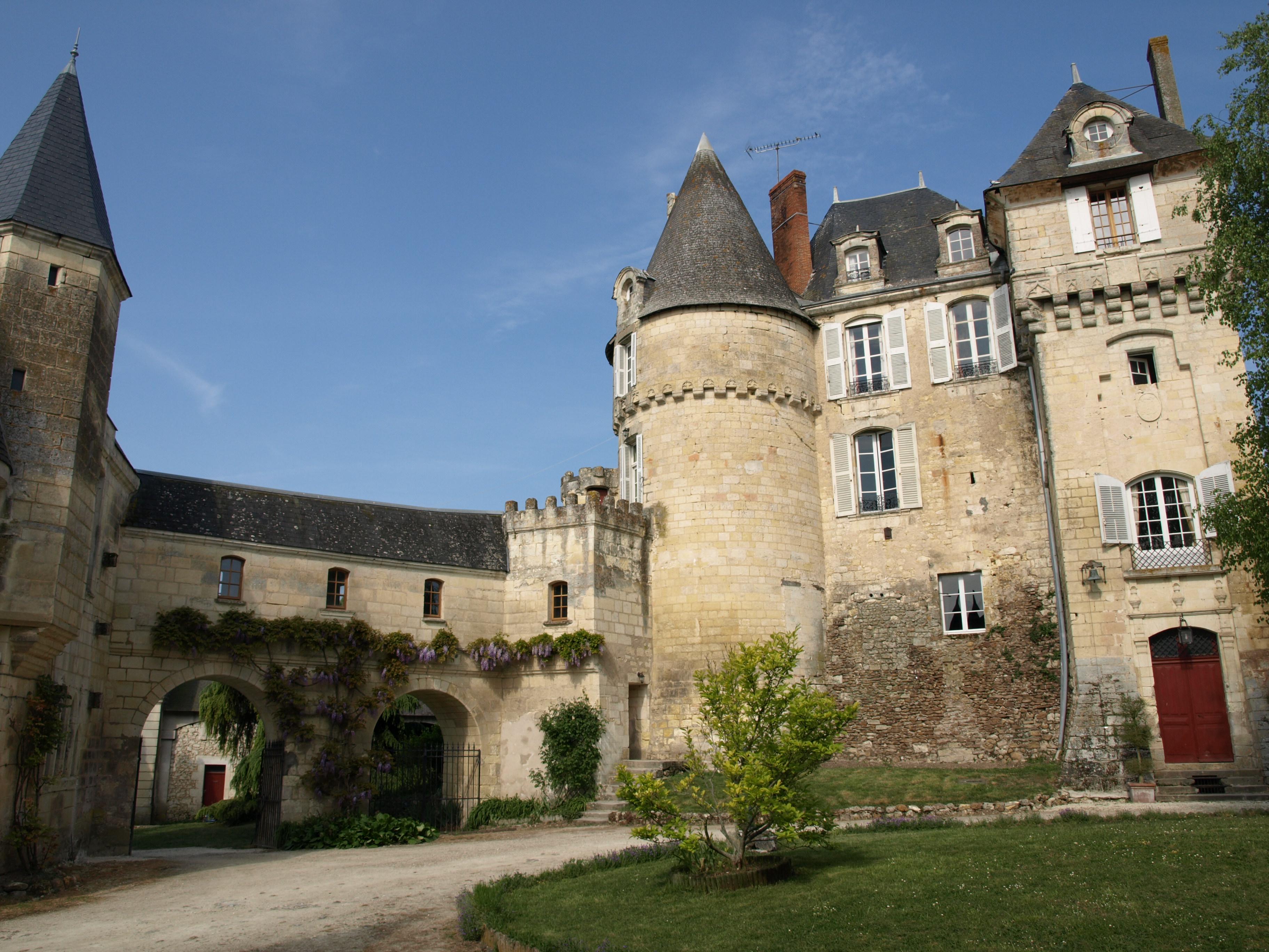 Château de La Celle-Guenand Quiz