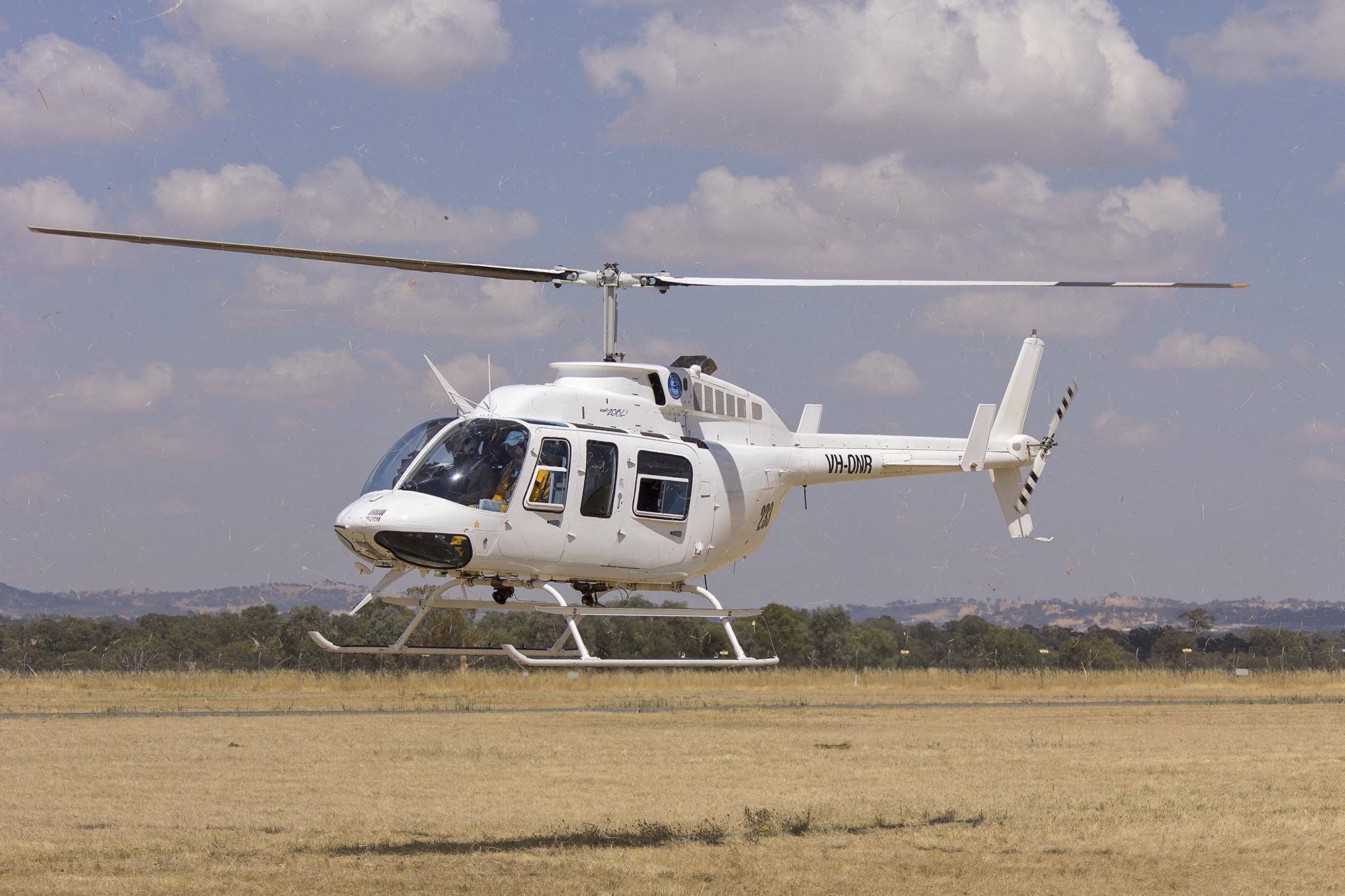 File:MI Helicopters (VH-ONR) Bell 206L-3 LongRanger III arriving