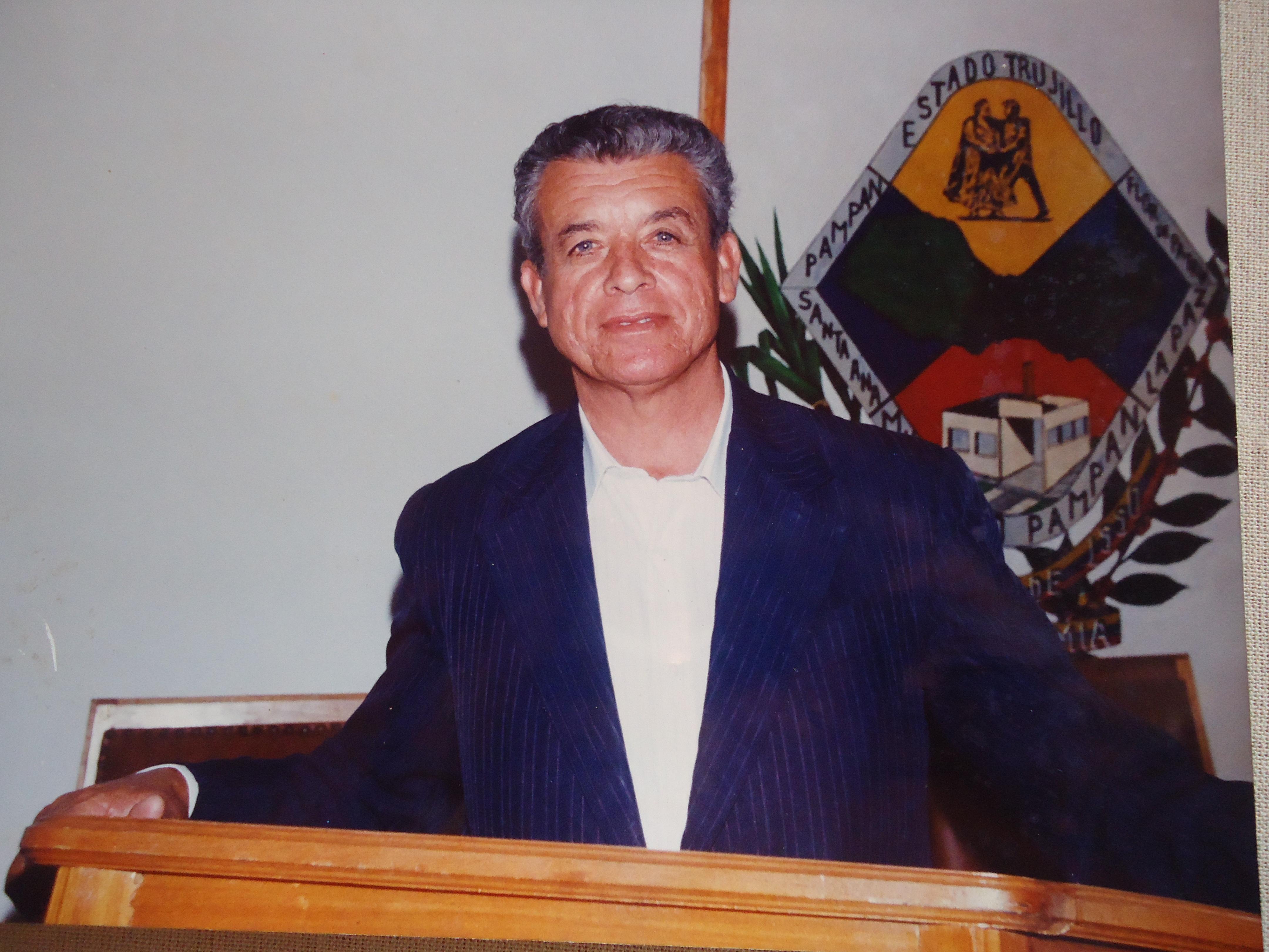 Manuel Núñez Gil - Wikipedia, la enciclopedia libre