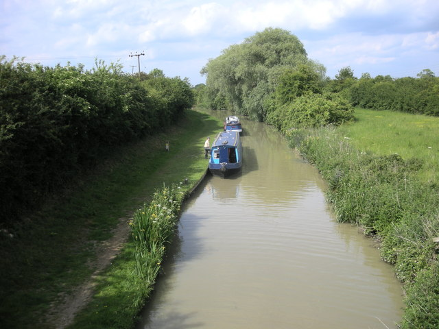 File:Marston Doles-Oxford Canal - geograph.org.uk - 1361945.jpg