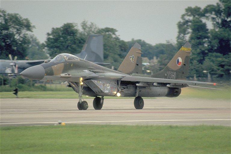 المقاتله العريقه Mig-29 Fulcrum  Mig29A_Czech_air_force