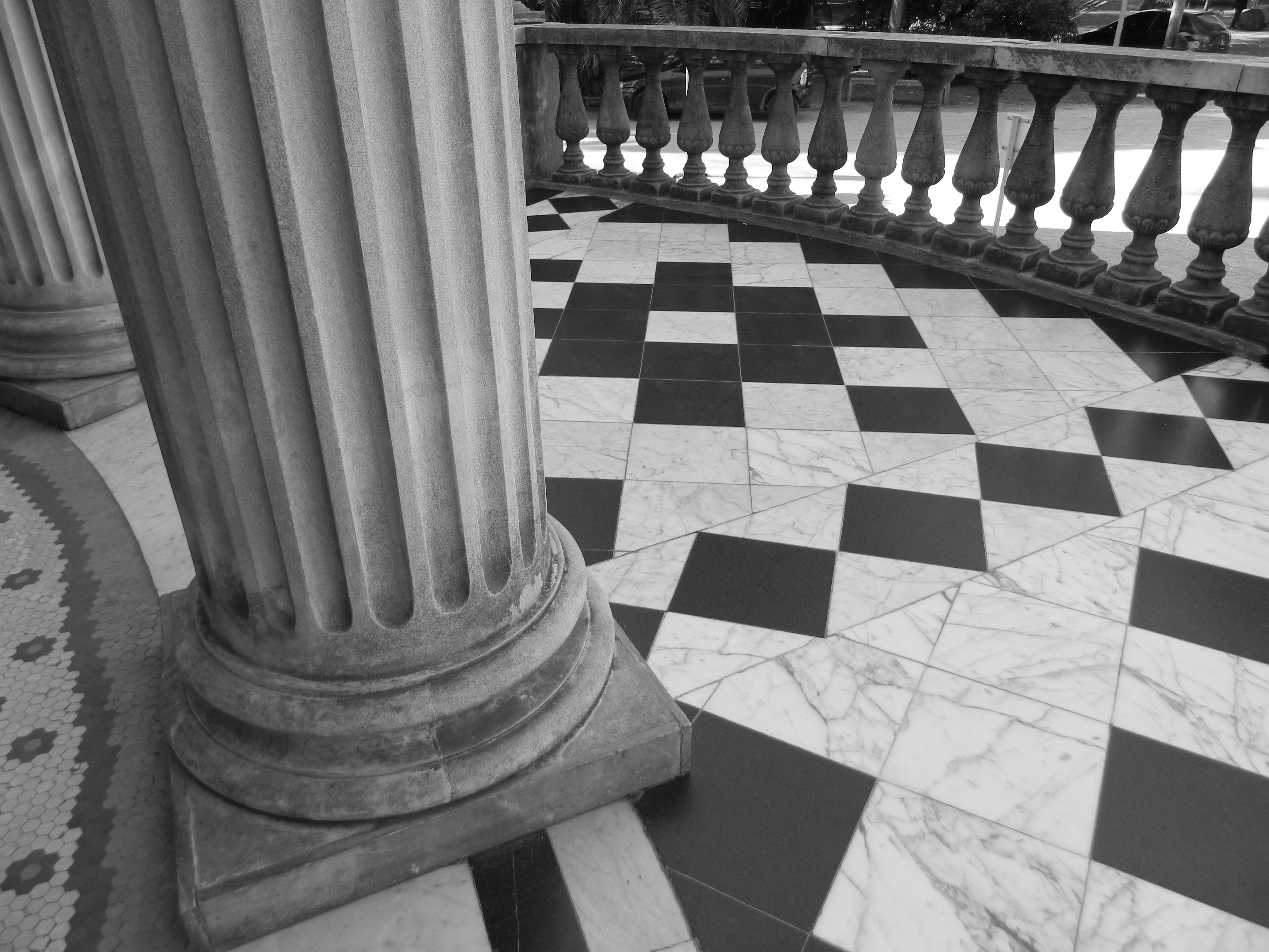 file museo blanes detalle de piso entrada blanco y negro
