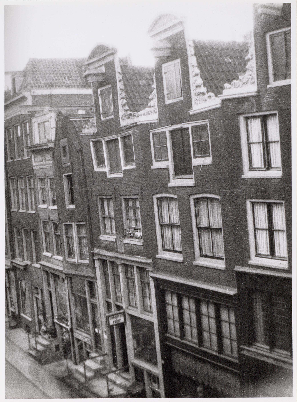 Nieuwe Spiegelstraat 38-50 Amsterdam.JPG