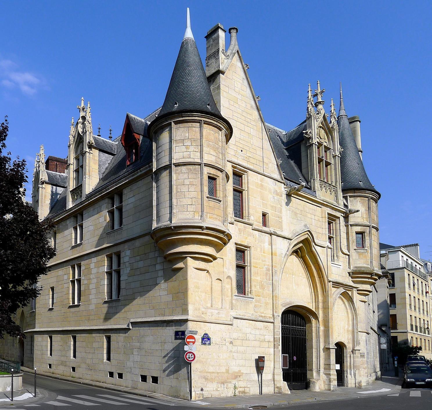 Hotel De Sens History