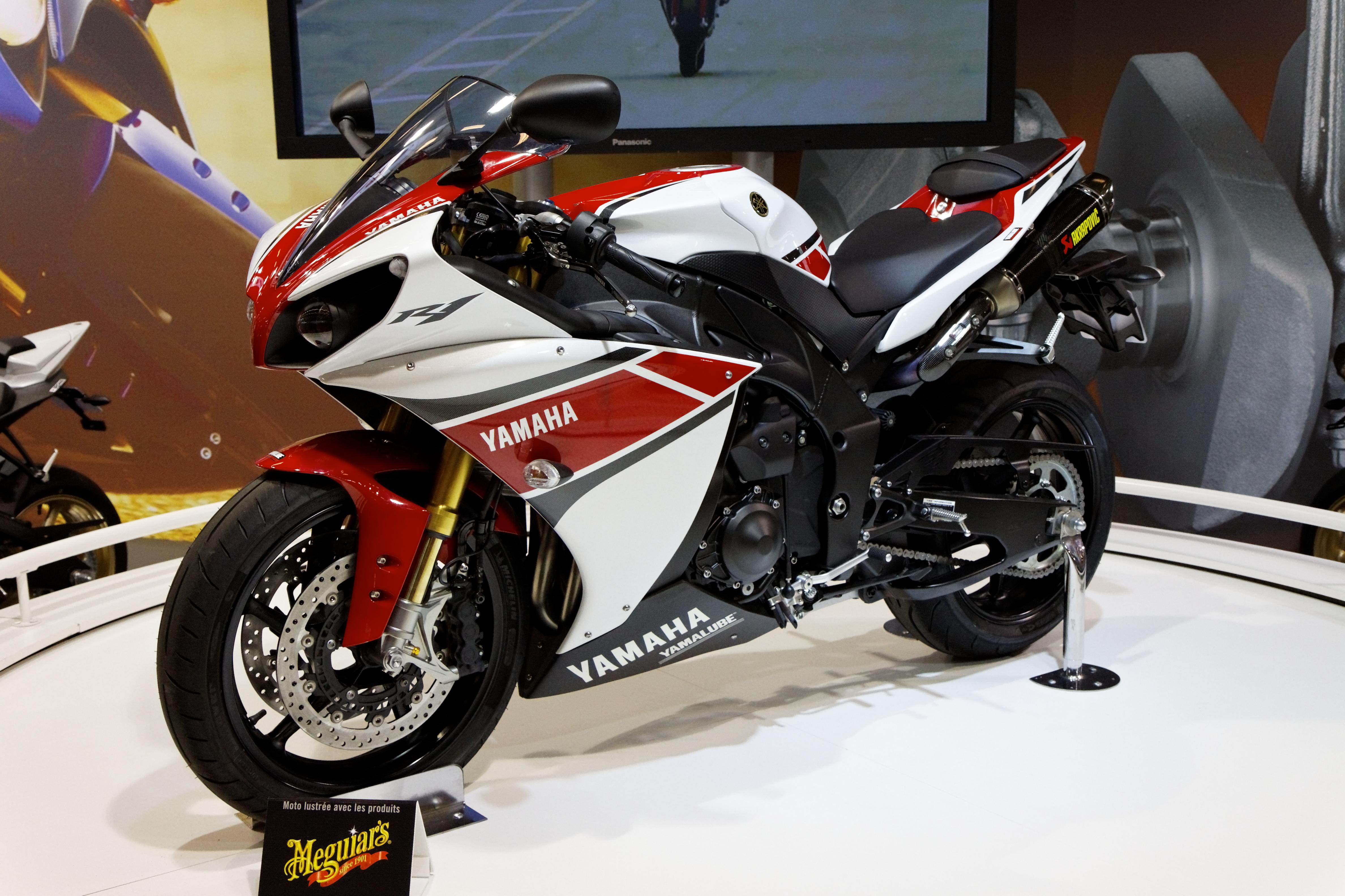 Célèbre File:Paris - Salon de la moto 2011 - Yamaha - YZF-R1 - 001.jpg  UH13