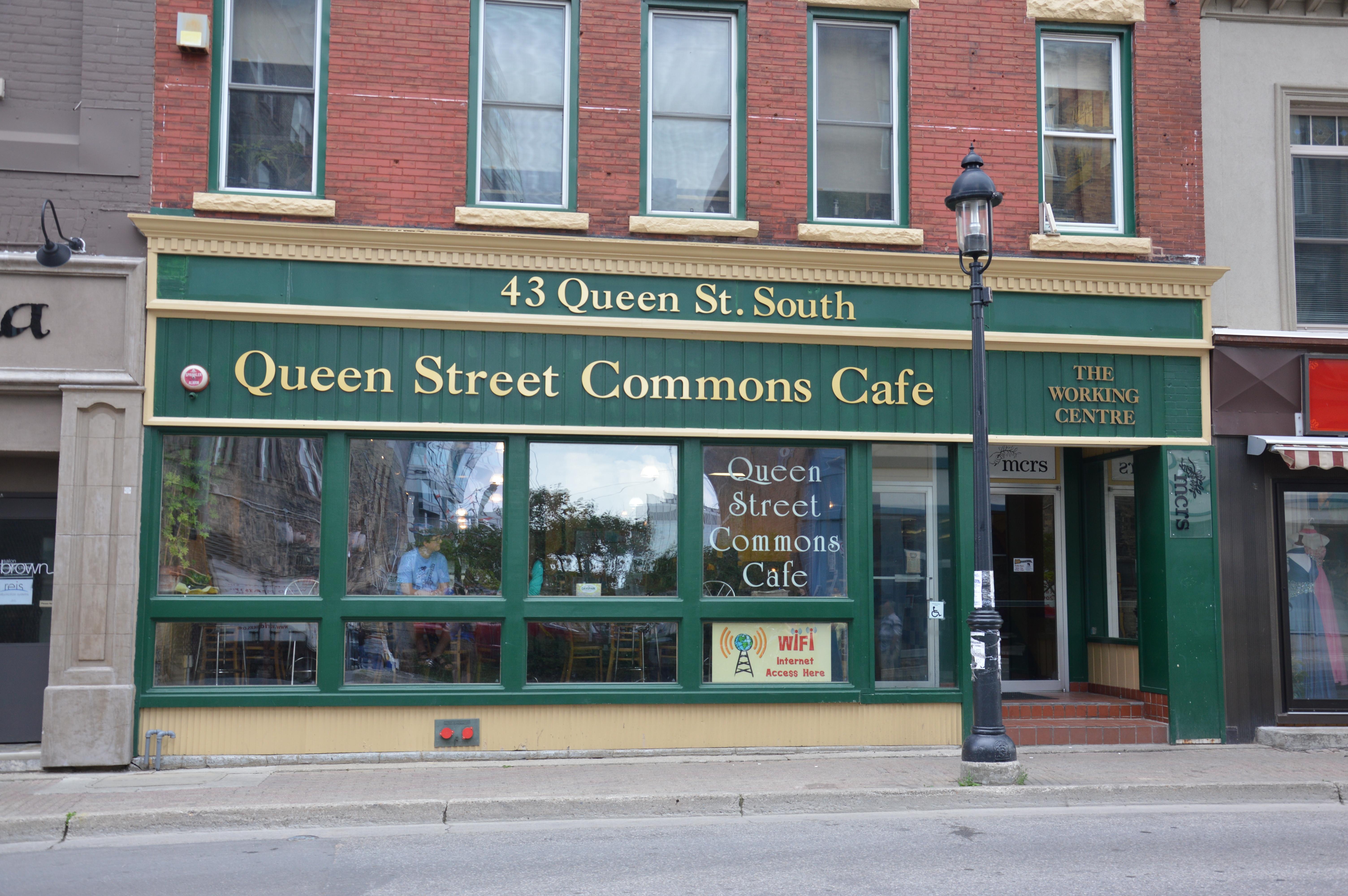 File:QueenStreetCommons-43QueenStS-Kitchener.JPG - Wikimedia Commons