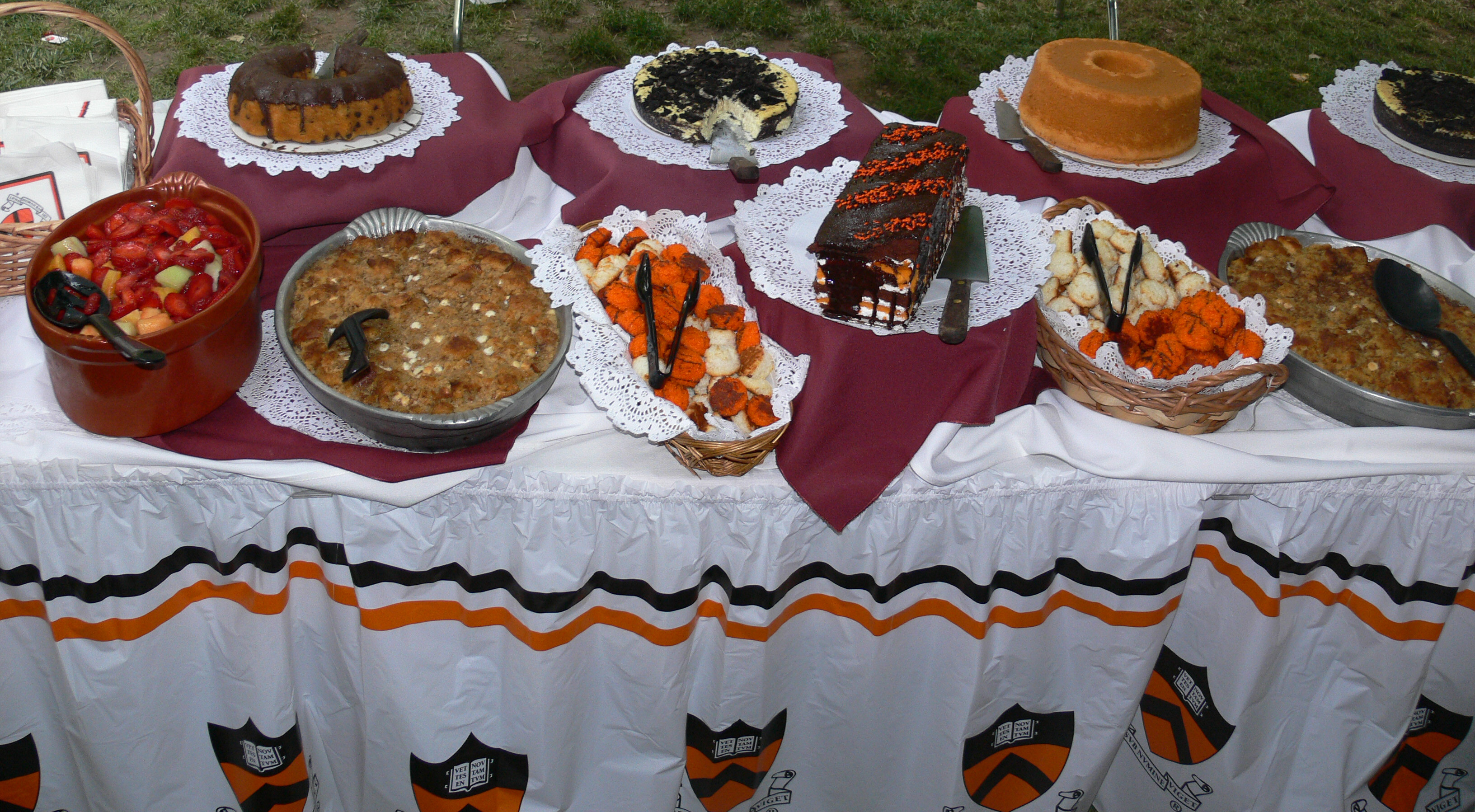 Description Reunions dessert buffet Princeton.jpg