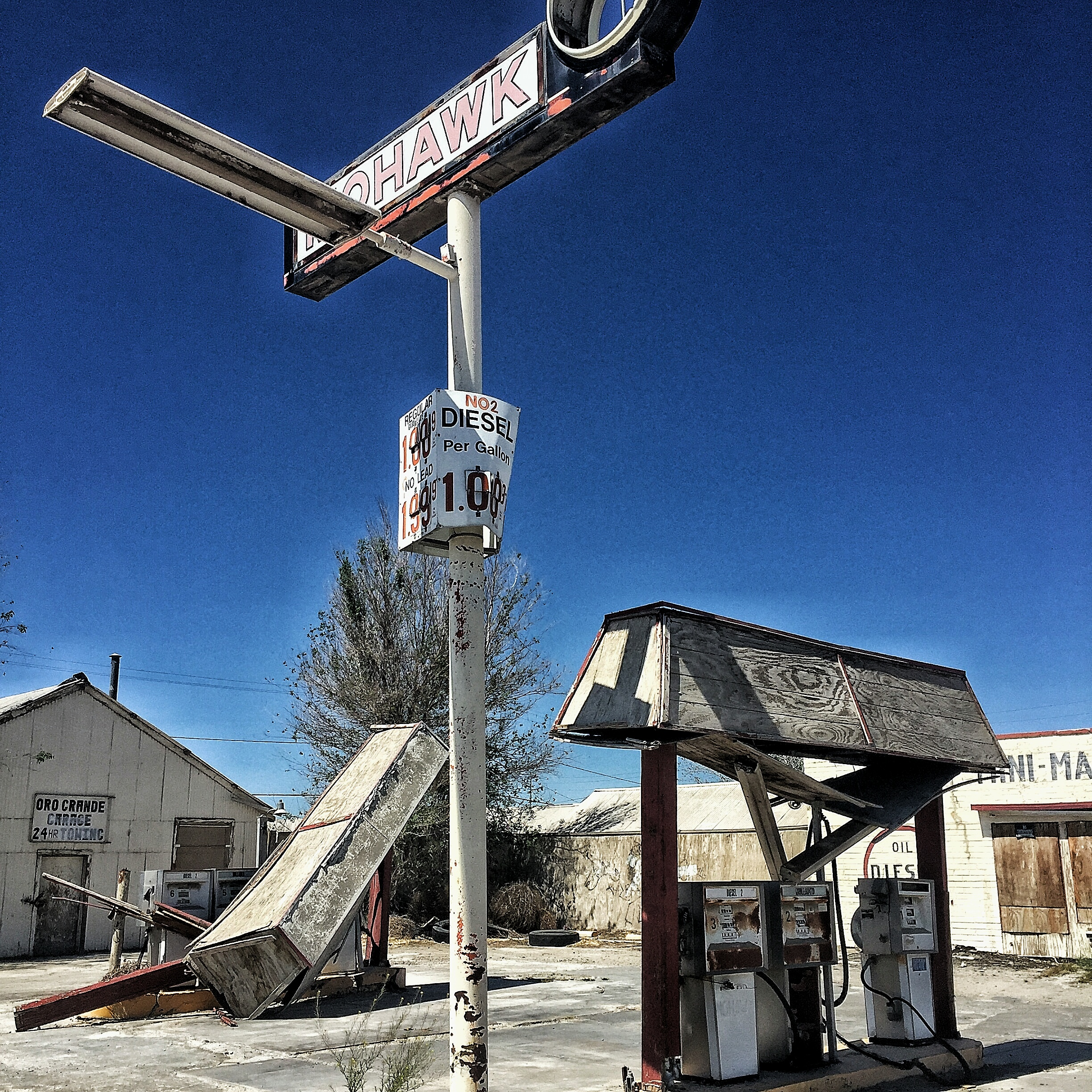 file:route 66 - mohawk mini mart - wikimedia commons