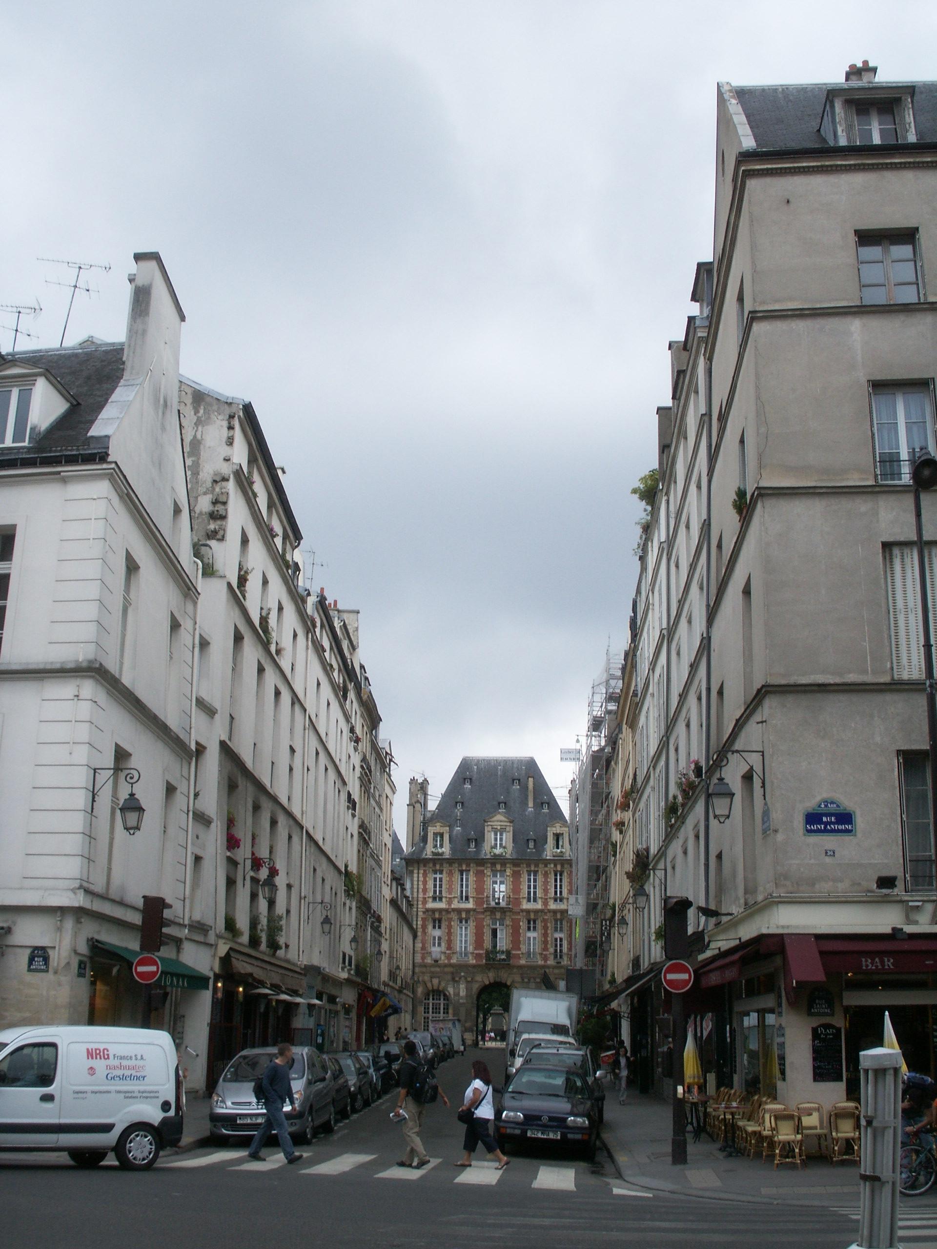 Rue De Clichy  Restaurant V Ef Bf Bdg Ef Bf Bdtarien