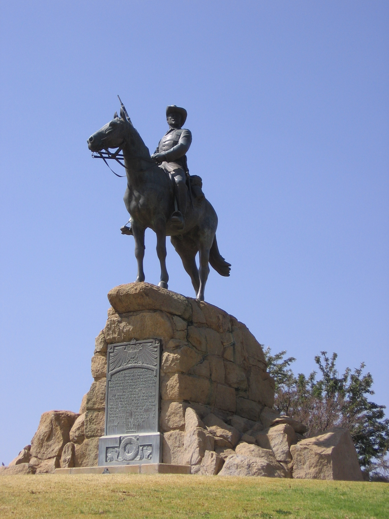 Can You Edit A Pdf >> Reiterdenkmal (Windhoek) - Wikiwand