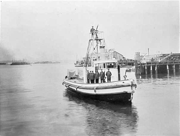 File:San Diego fireboat Bill Kettner 'circa 1915'.jpg