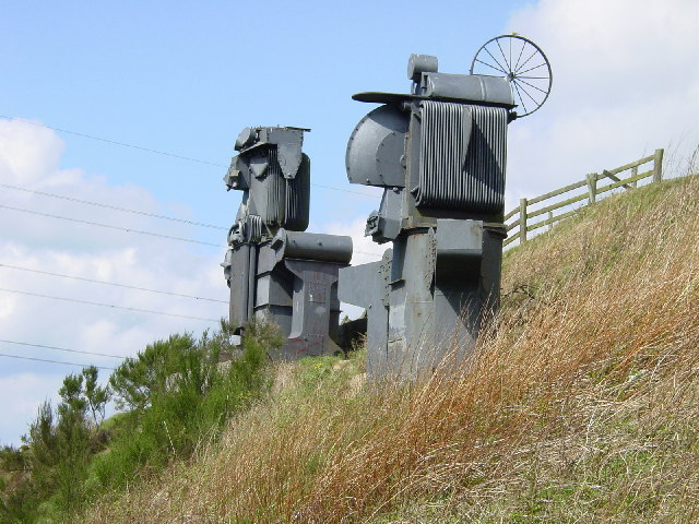 Sculptures on the Consett and Sunderland Railway path. - geograph.org.uk - 6665