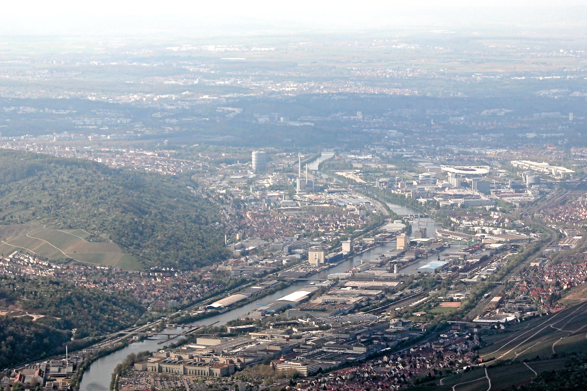 File:Stuttgart-Untertuerkheim-Wangen-Gaisburg-Neckarhafen-Daimler ...