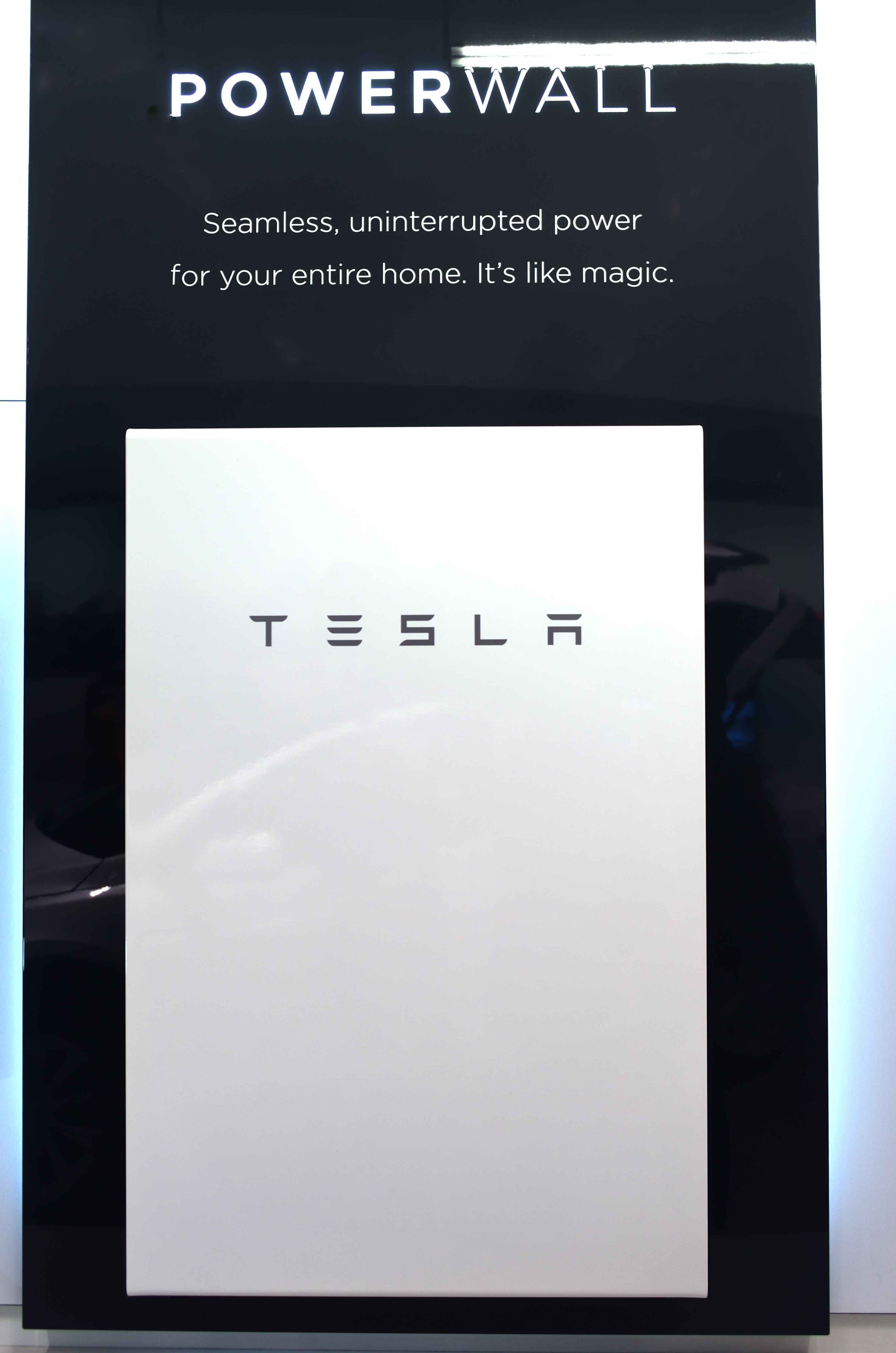 Tesla Wall Battery >> Tesla Powerwall Wikipedia