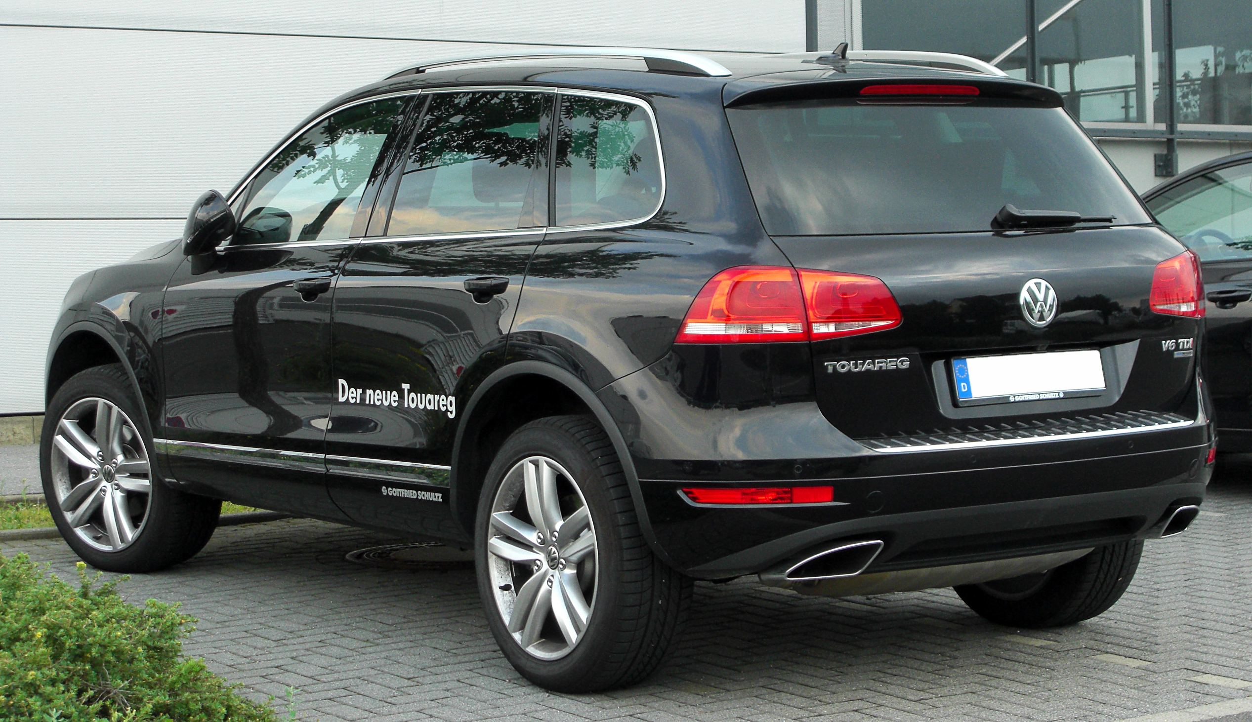 File Vw Touareg Ii V6 Tdi Bluemotion Rear 20100722 Jpg