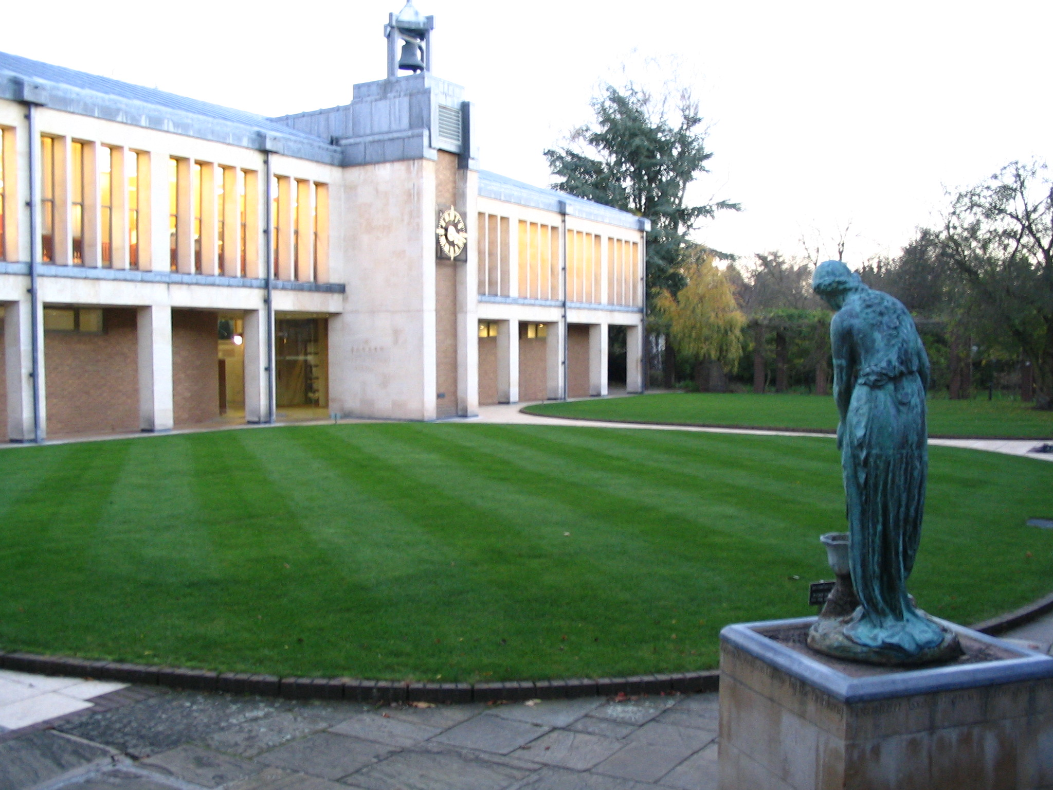loading image for Wolfson College, Cambridge