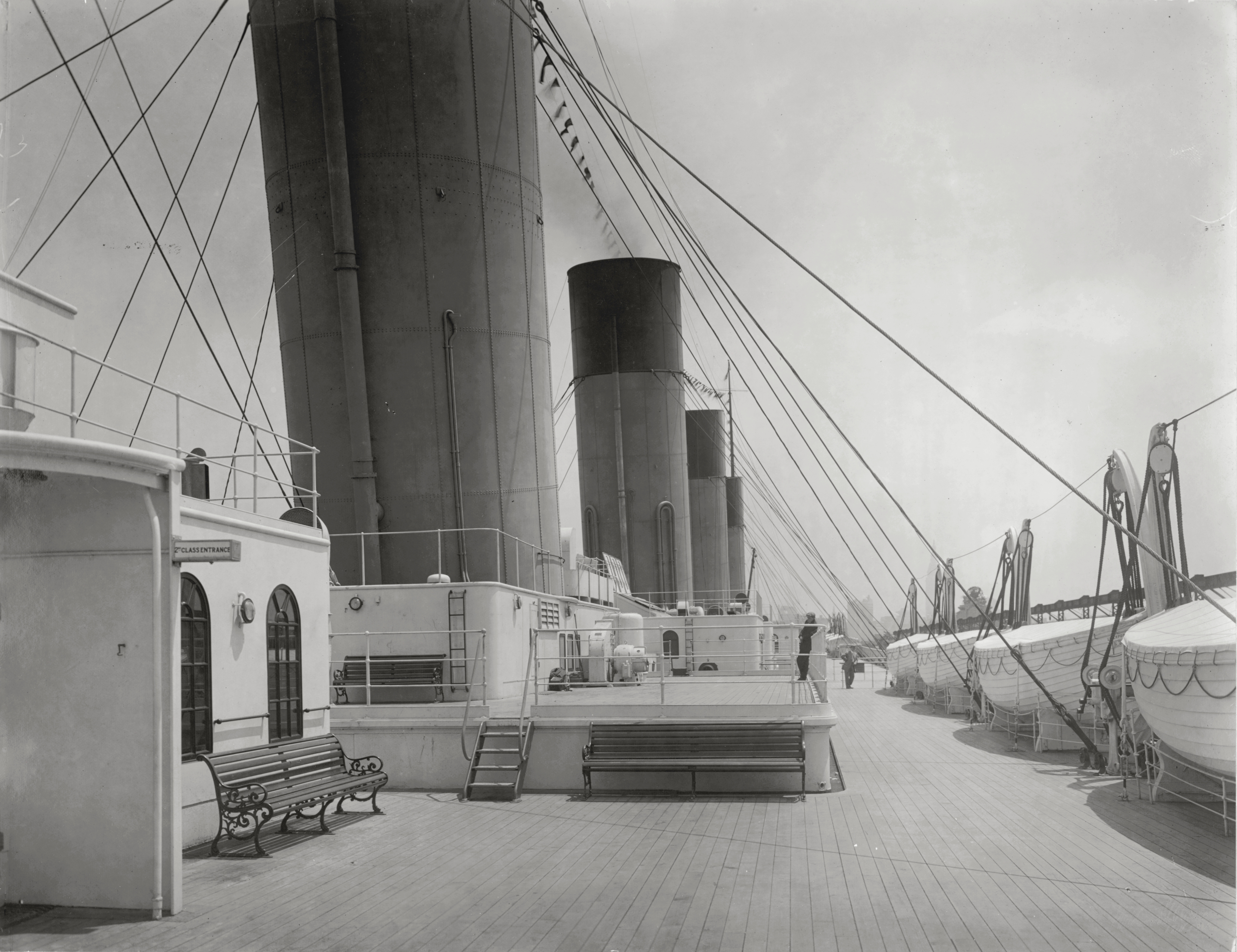 deck (ship)