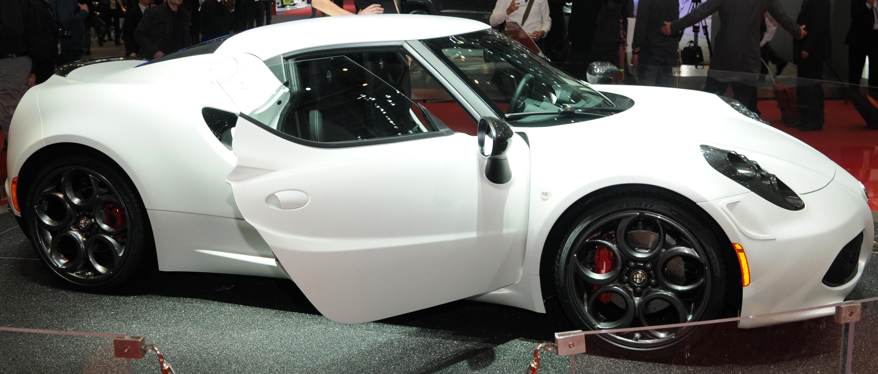 Exotic Italian Sports Car   Alfa Romeo 4C Sport Car