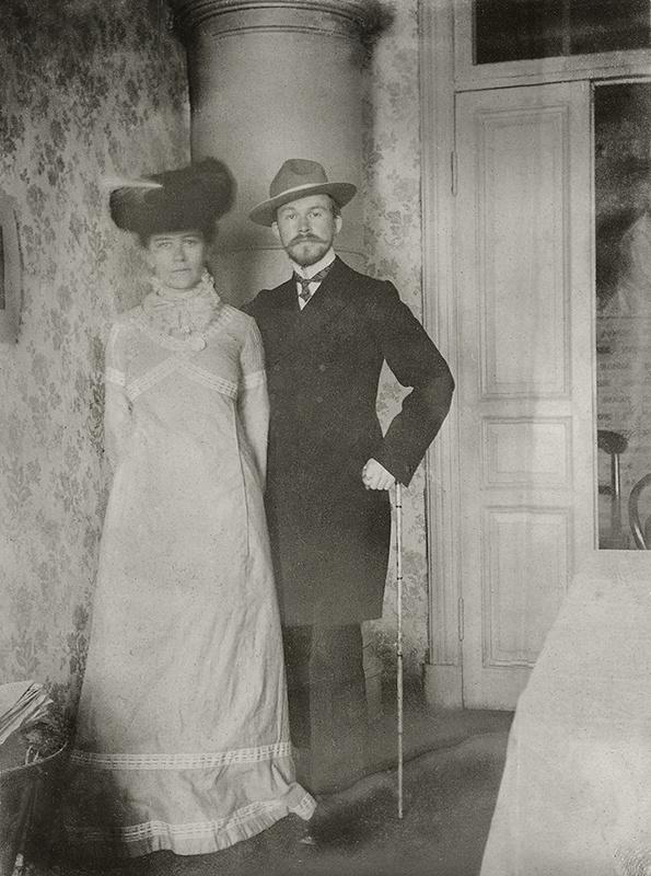 Борис Кустодиев с женой Юлией.