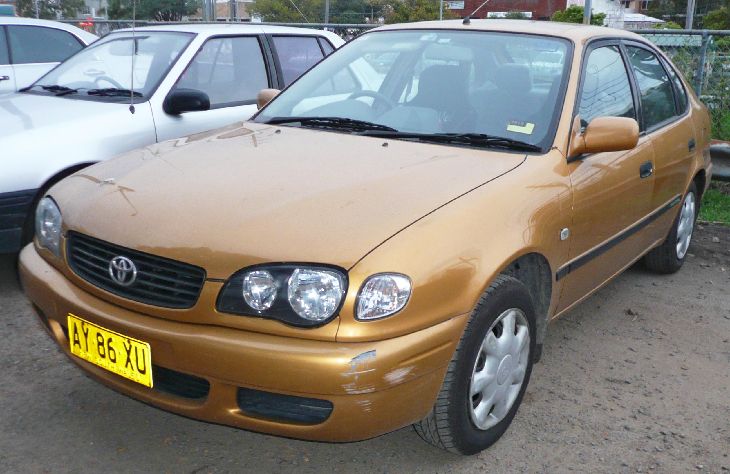 File:2000 2001 Toyota Corolla (AE112R) Ascent Seca Liftback 03