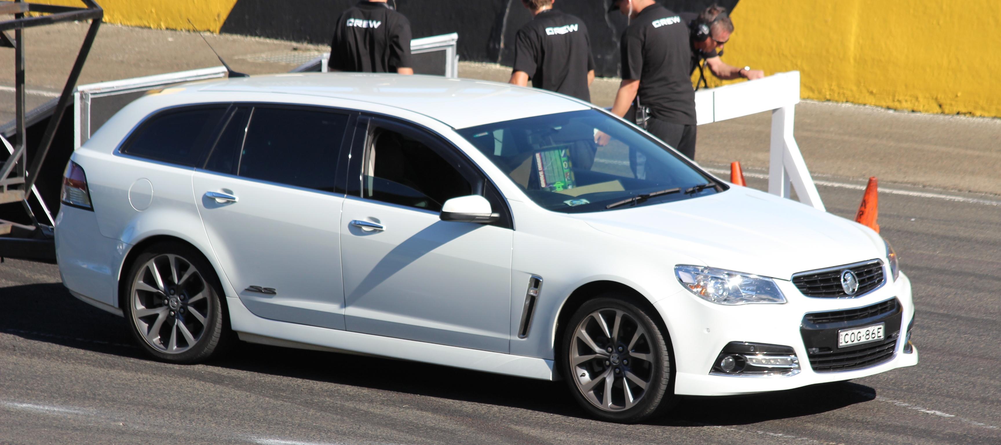 File2013 Holden Commodore VF MY14 SS V Sportwagon Top Gear