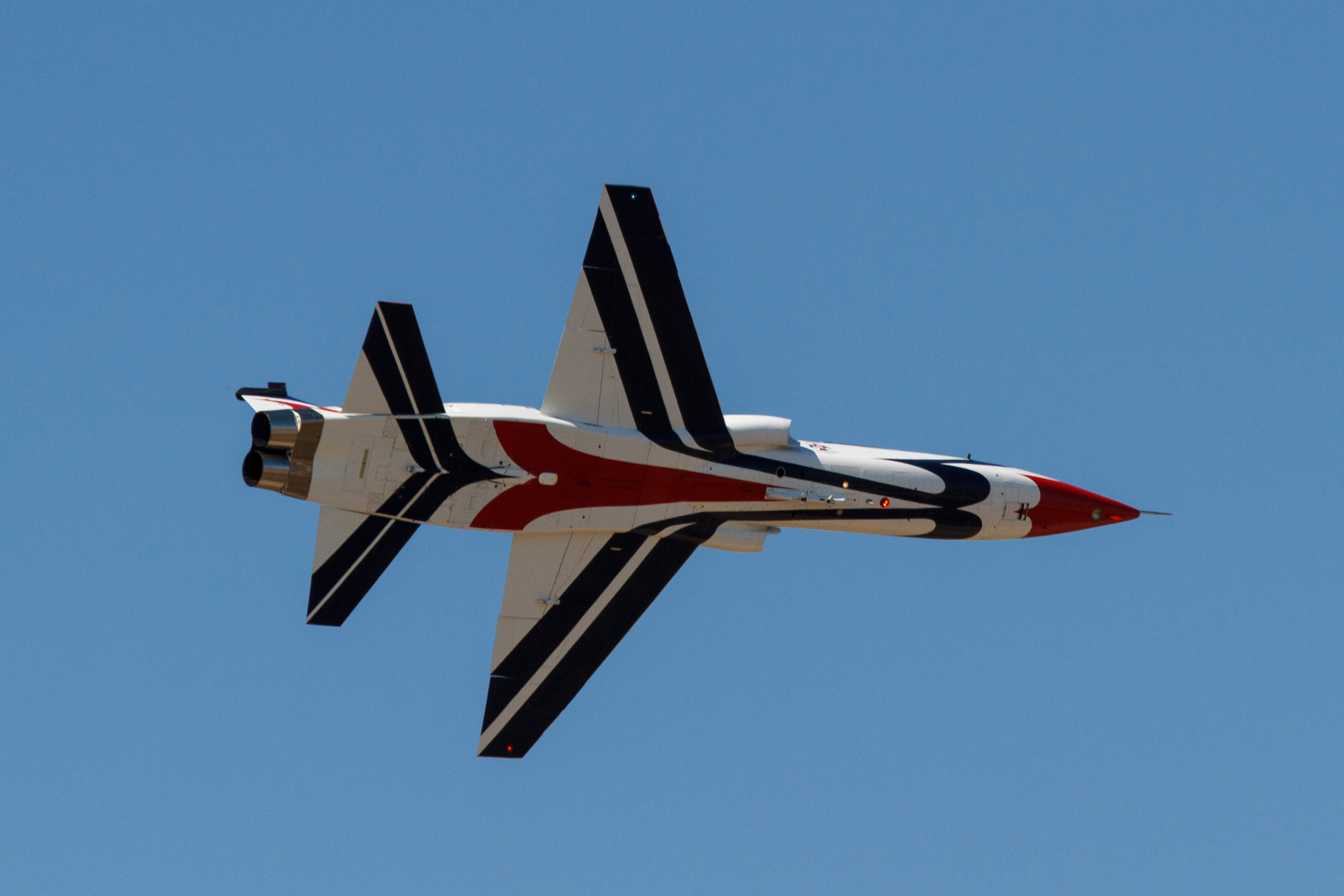 File:20141026 T-38 Talon Alliance Air Show 2014-7.jpg - Wikimedia ...